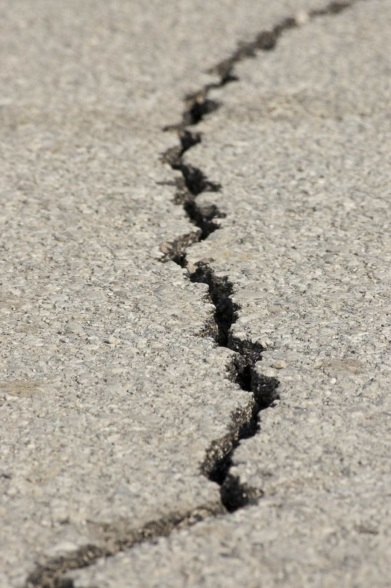 Forte terremoto deixa feridos no Japão; casas estão sem água