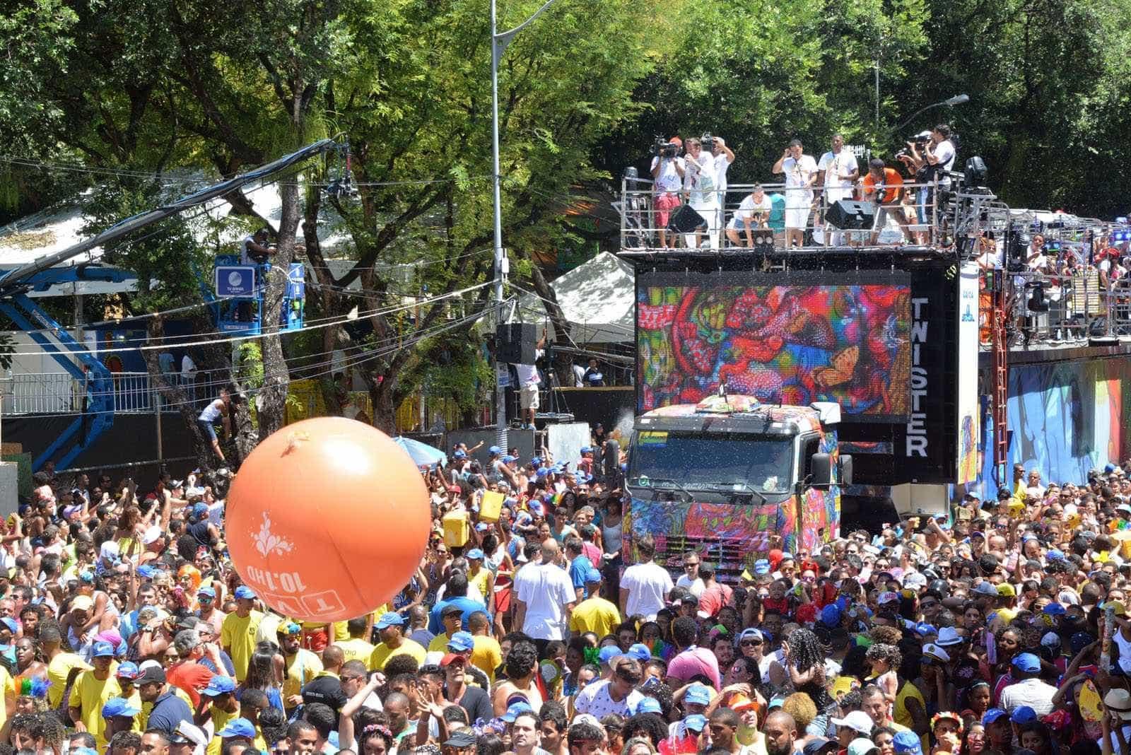 Pré-Carnaval: Salvador tem Ilê Aiyê, Caetano e Gil; Rio tem João Donato