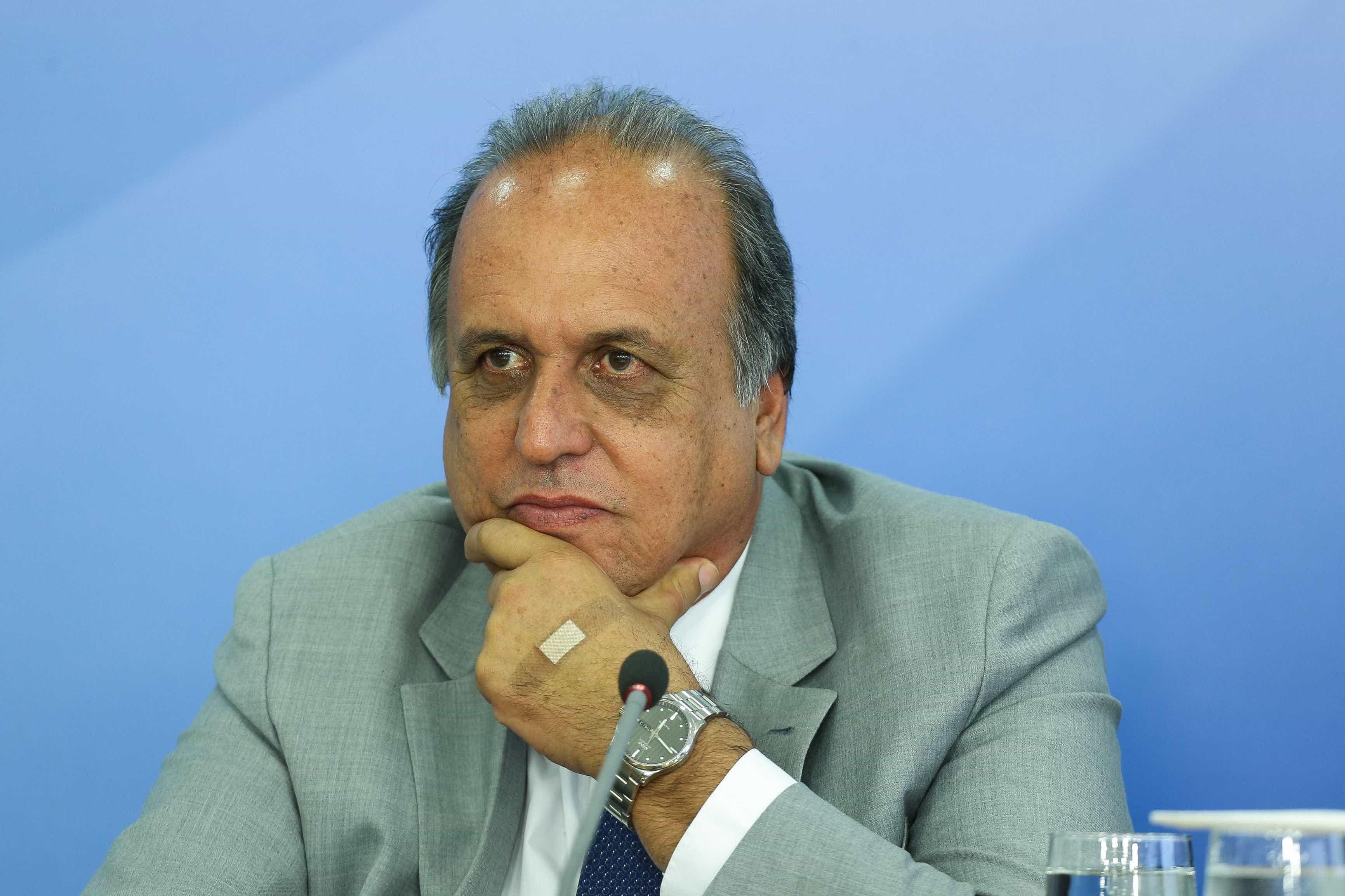 Pezão é preso em desdobramento da operação Lava Jato do Rio