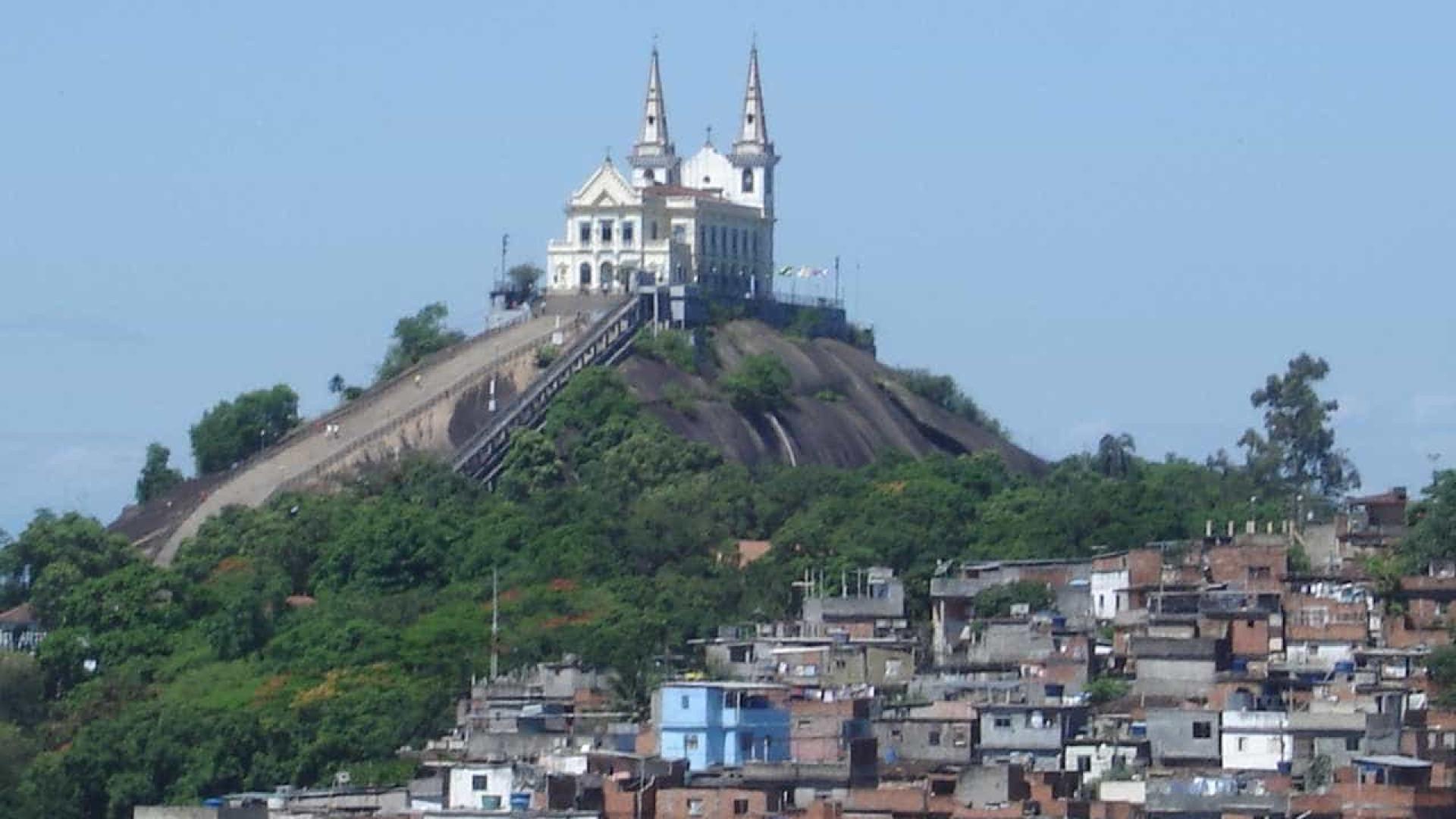 Moradores relatam tensão no Complexo da Penha   rotina de medo  5b0a259a23