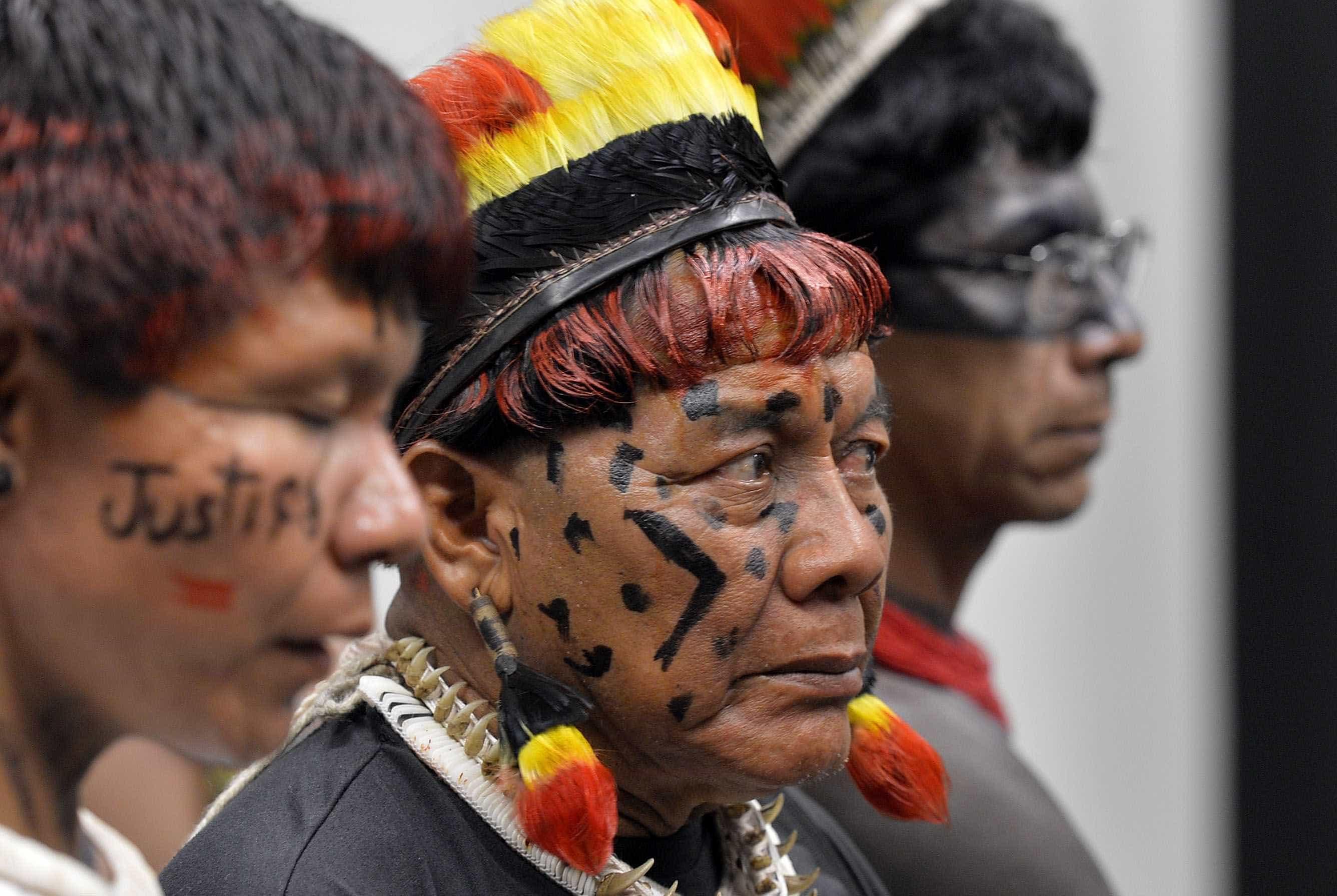 Funai inicia operação para proteger índios sob risco de massacre