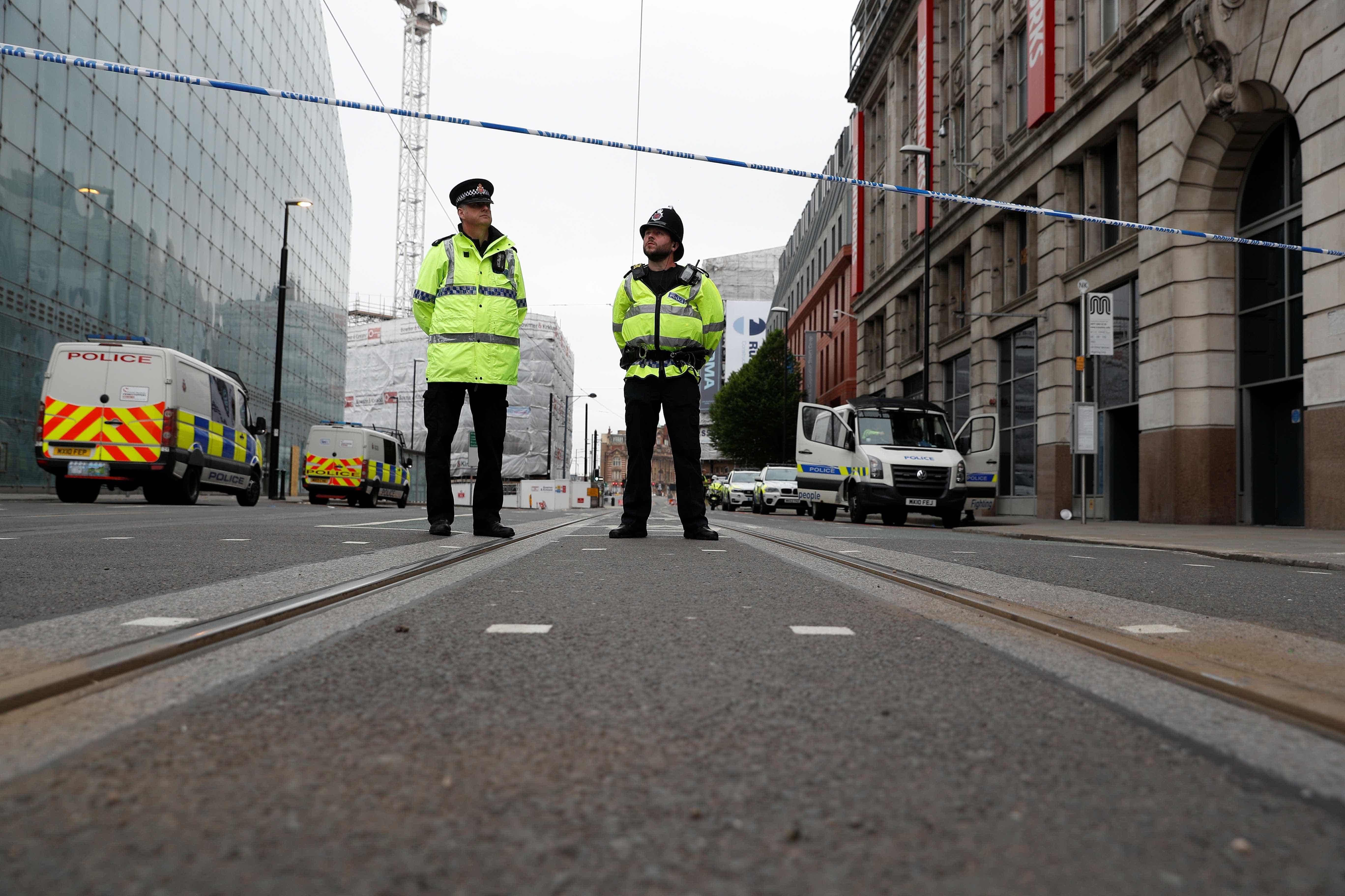 Esfaqueamento em Manchester é tratado como terrorismo