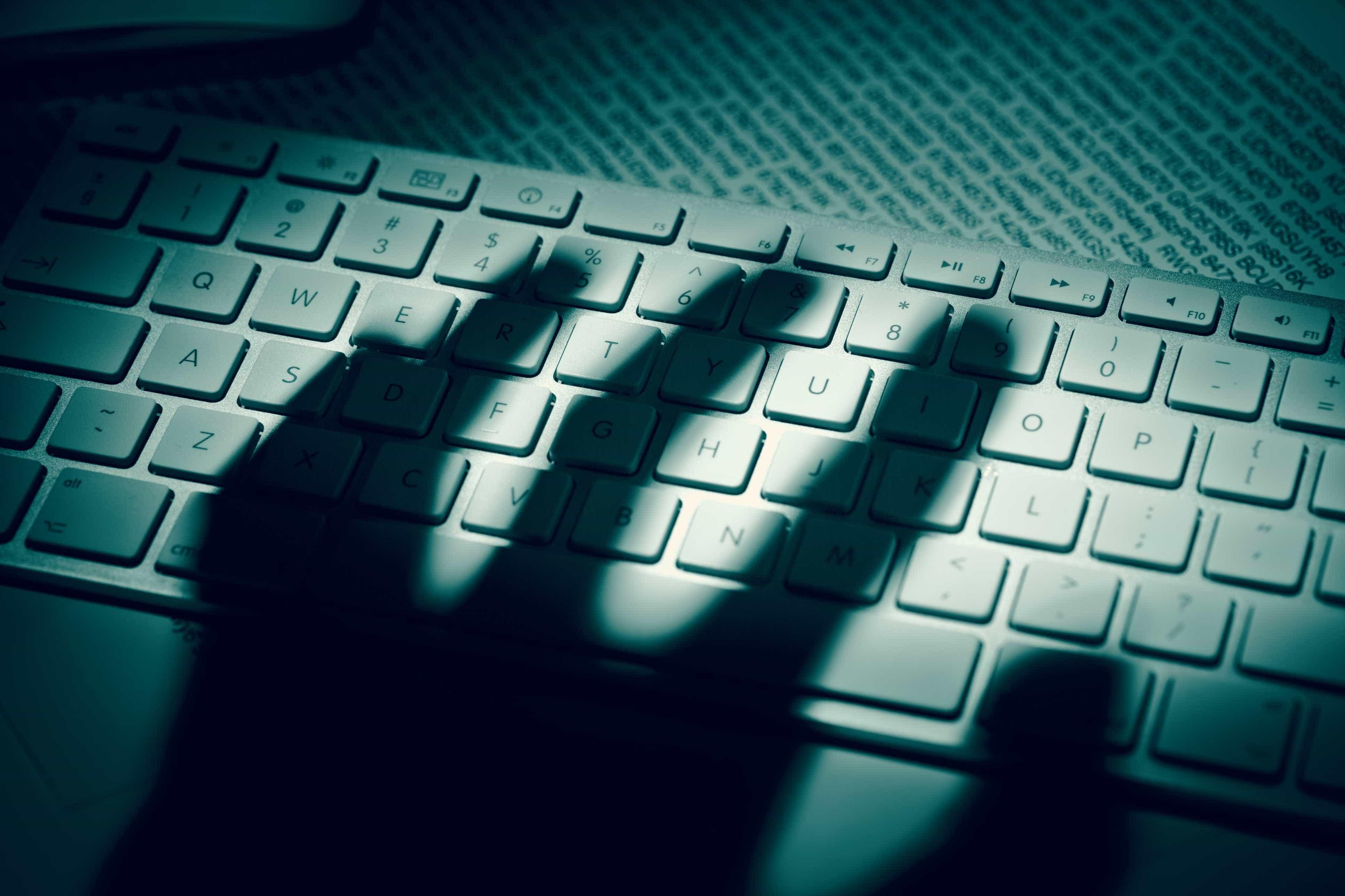 Hacker expõe senhas de 97 milhões de pessoas; brasileiros são afetados