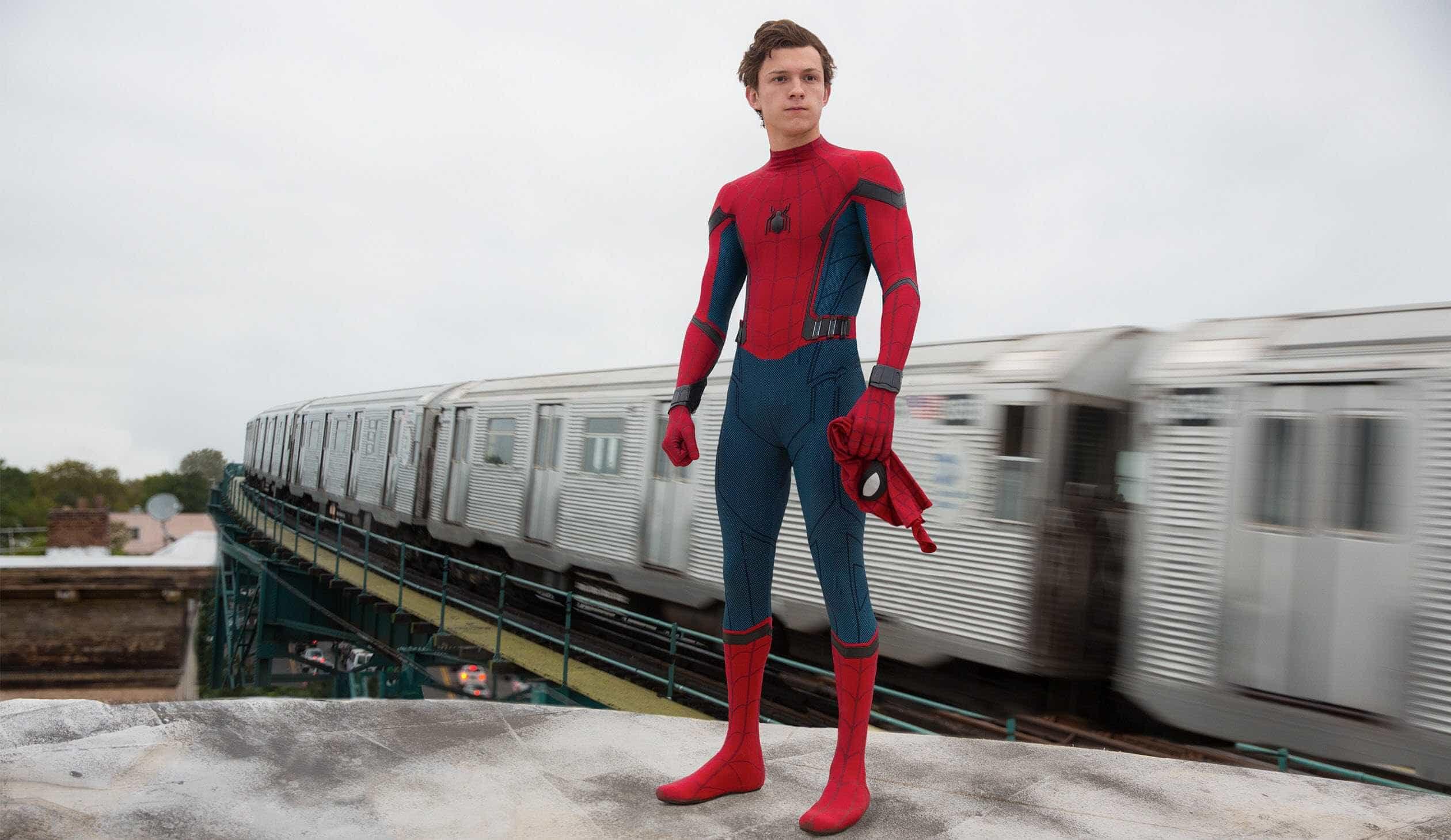 Tom Holland revela título de sequência de 'Homem-Aranha'