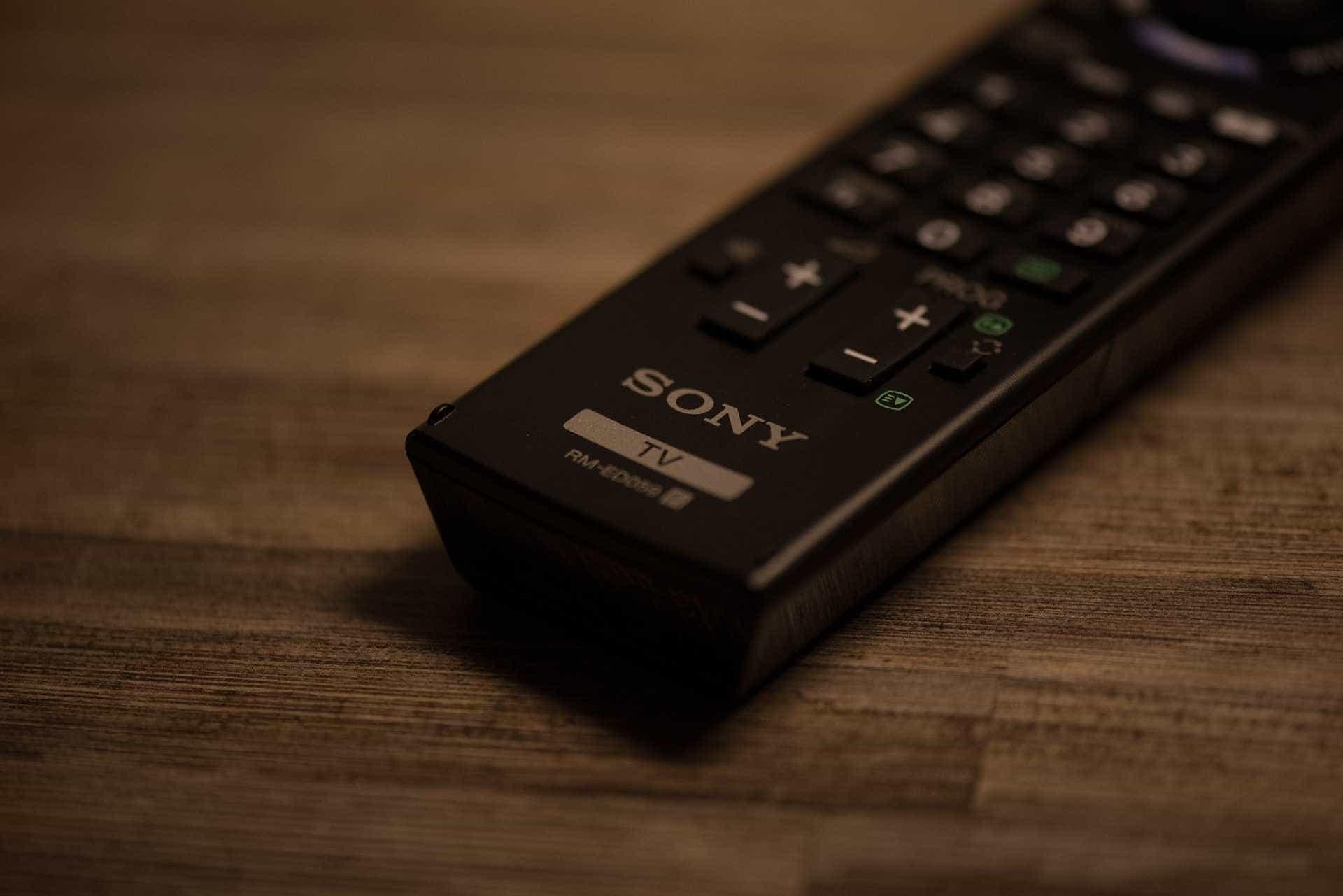 Optar por TV pré-paga pode render economia de até R$ 694 ao ano