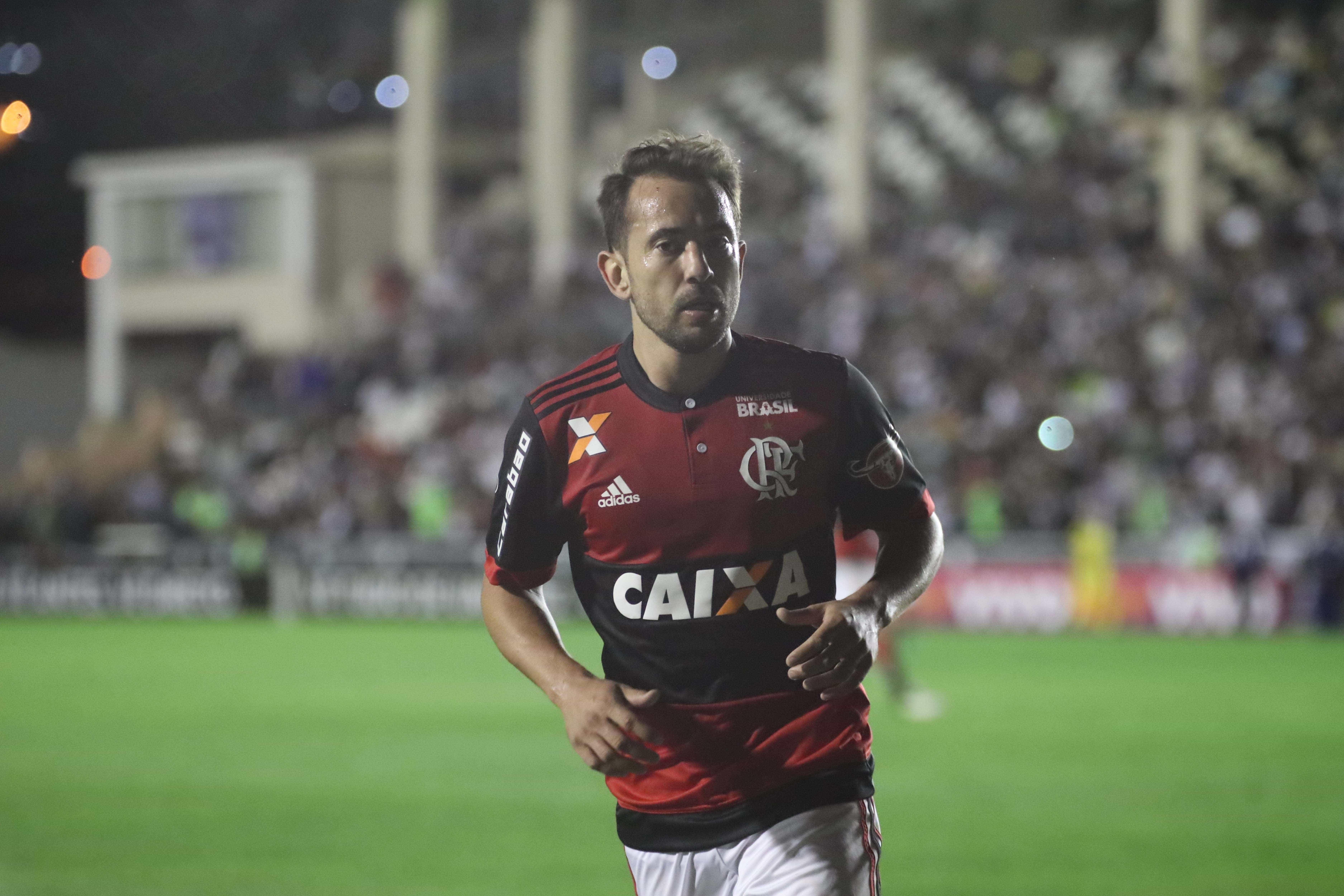 Após queda na Copa do Brasil, elenco do Flamengo mira Brasileirão