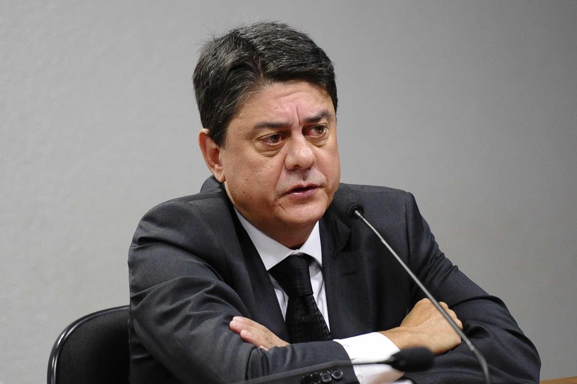 Deputados mantiveram habeas corpus de Lula sob 'segredo de estado'