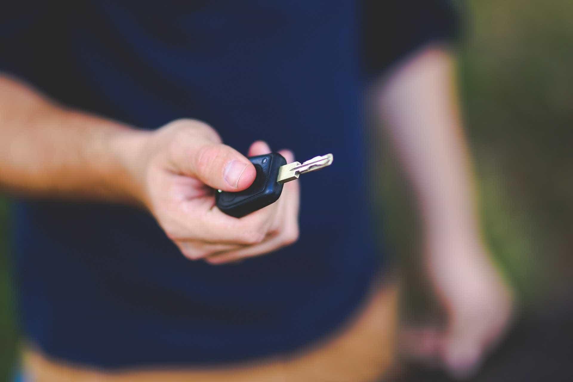 Confira dica simples de especialista para evitar roubo do carro
