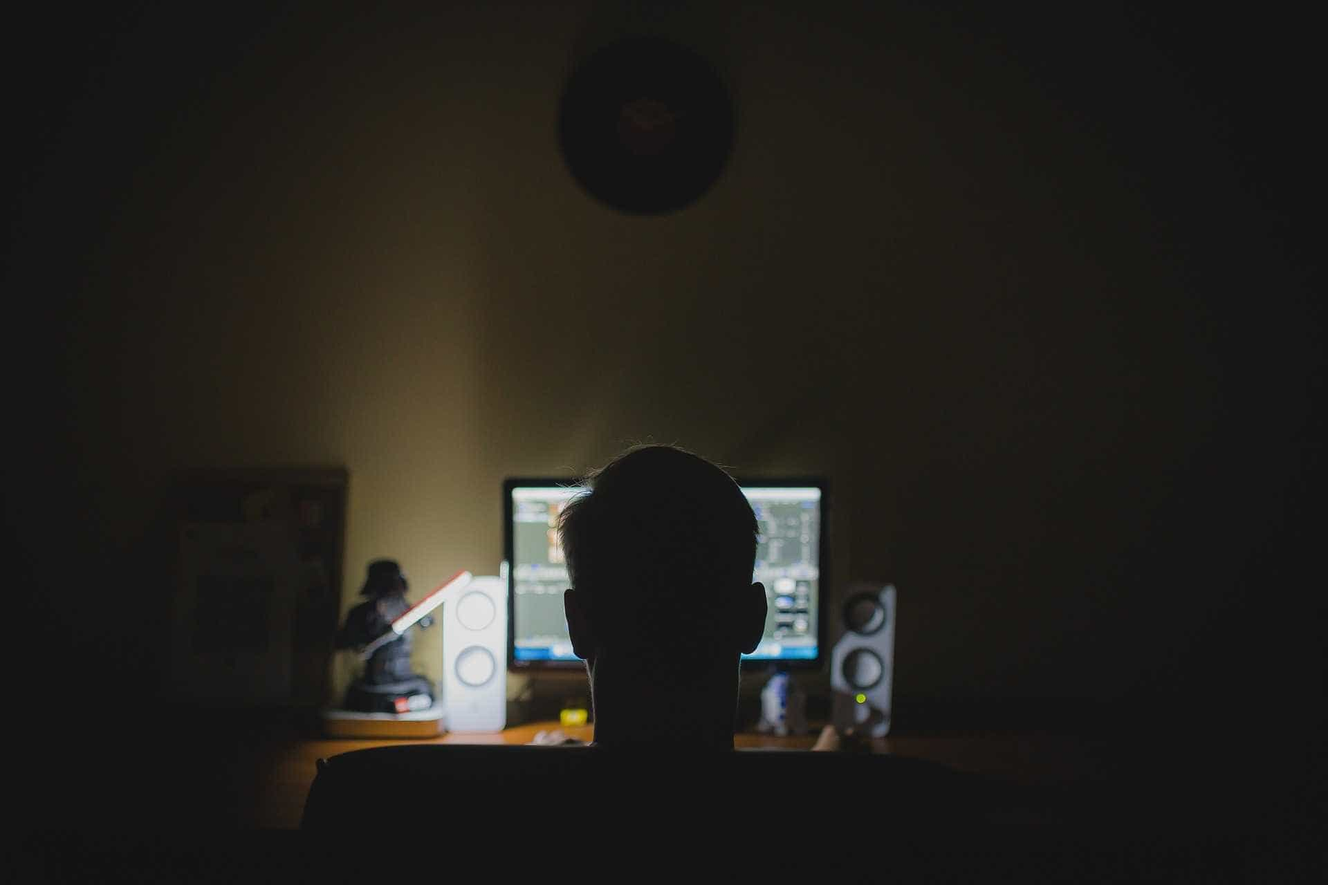 Suspeito de estupro virtual ameaçava divulgar 'nudes' da vítima