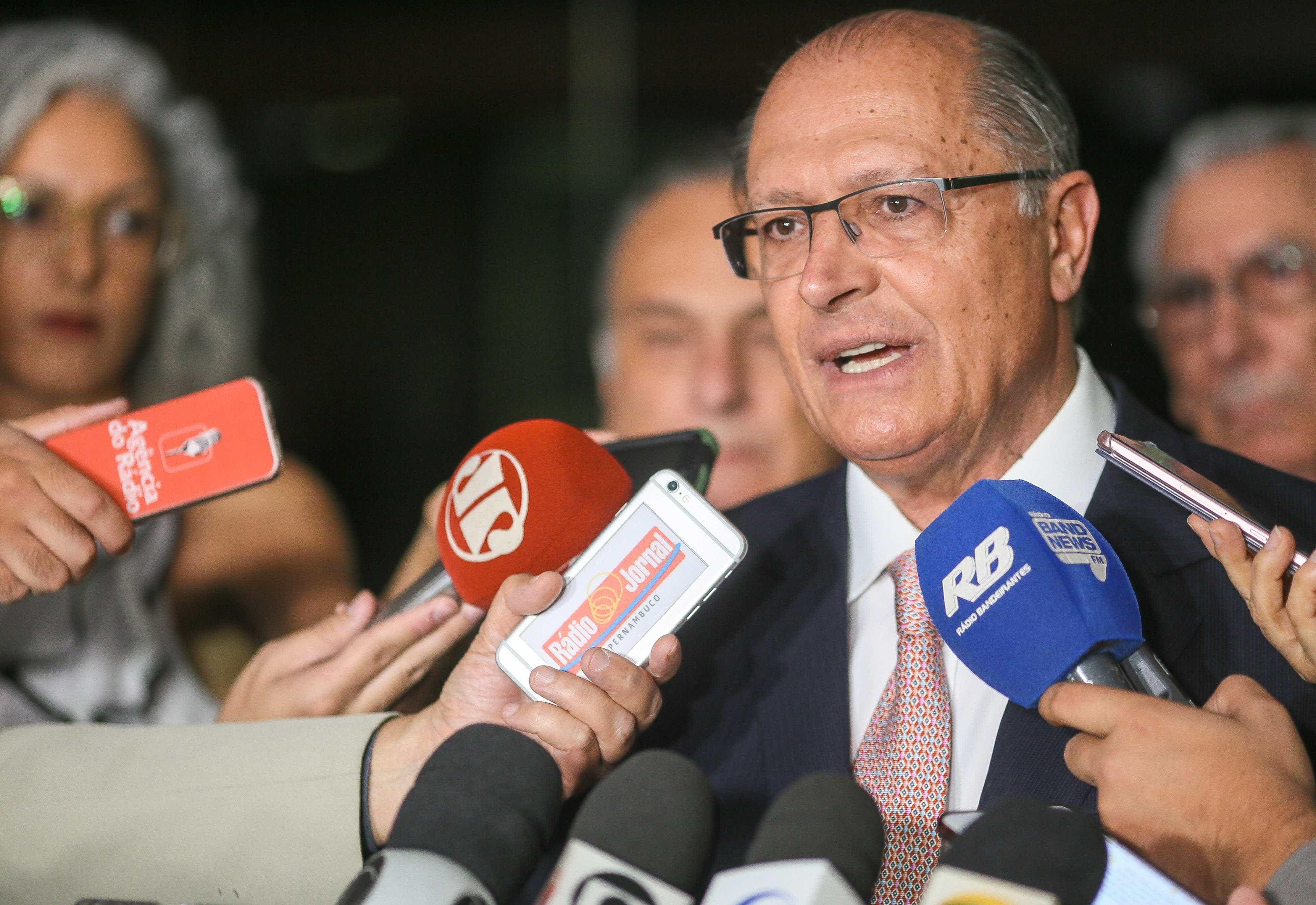 Alckmin confirma Pérsio Arida como coordenador de programa econômico