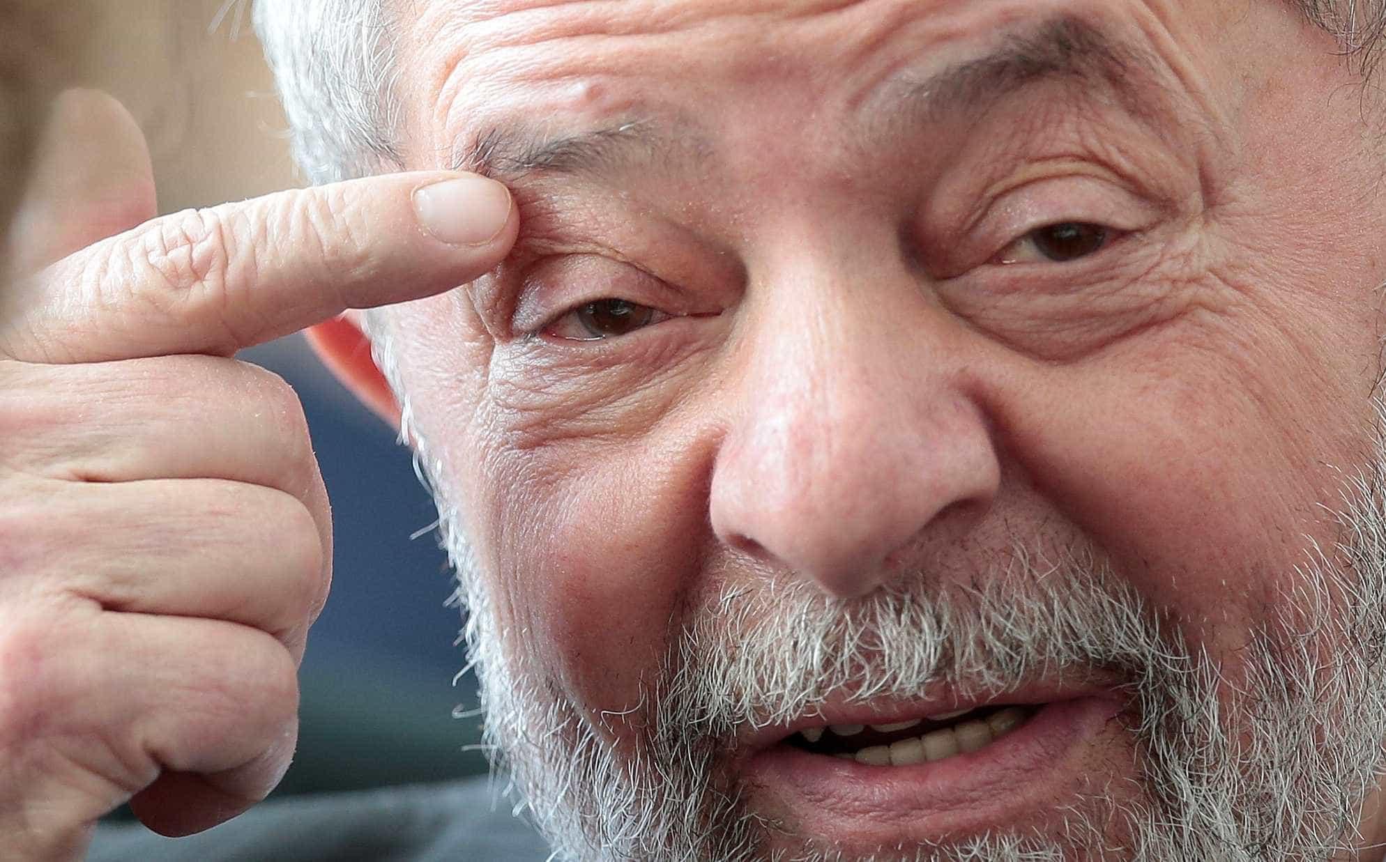 PF reduz tempo de reunião entre Lula e advogados na prisão