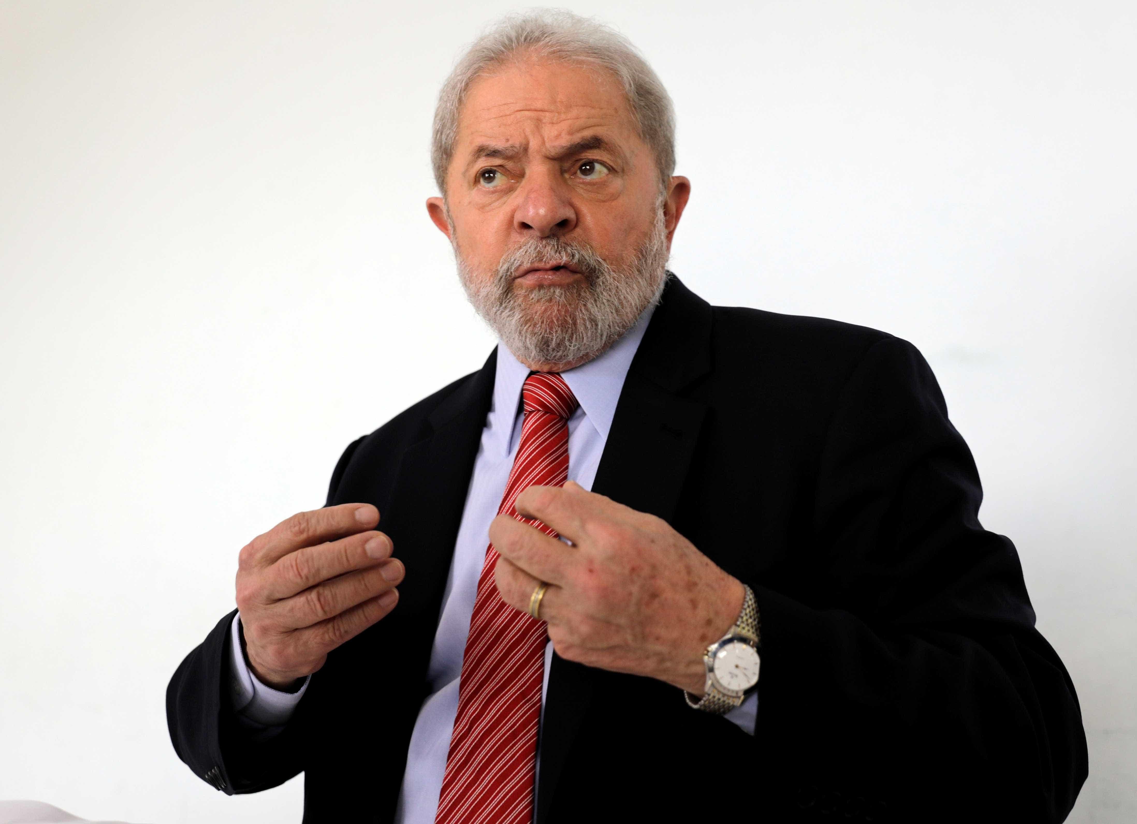 Defesa de Lula diz que não foi avisada para julgamento do triplex