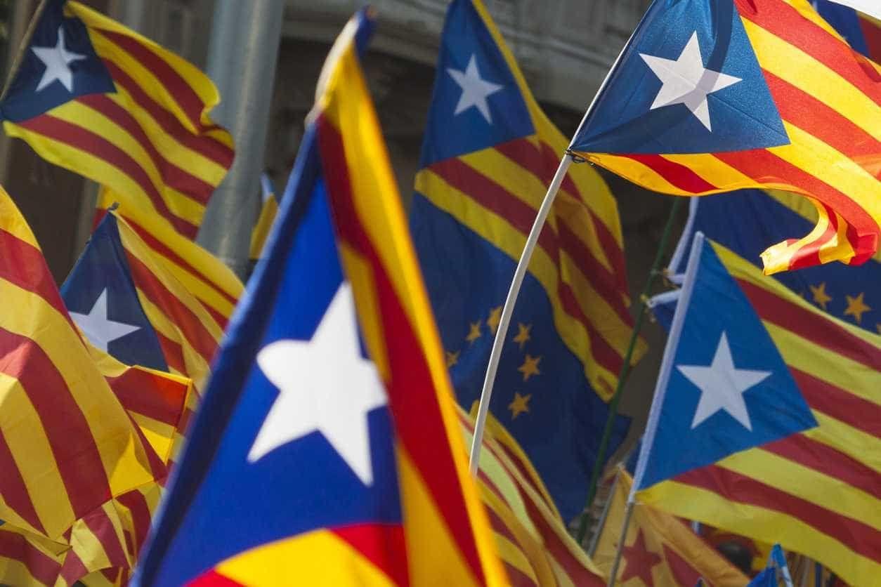 Em Barcelona, 13 mil protestaram contra julgamento de separatistas