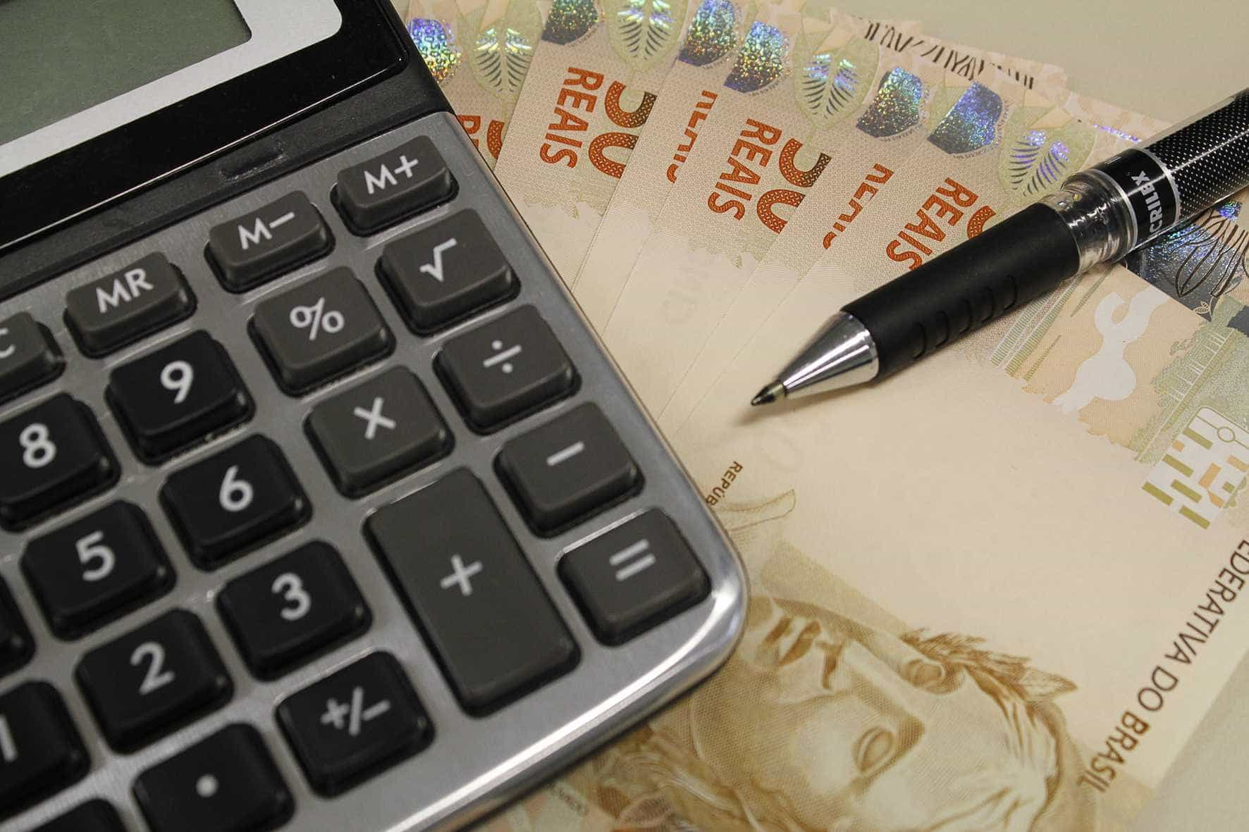 Bancos e poupadores têm acordo de R$ 12 bi sobre planos econômicos