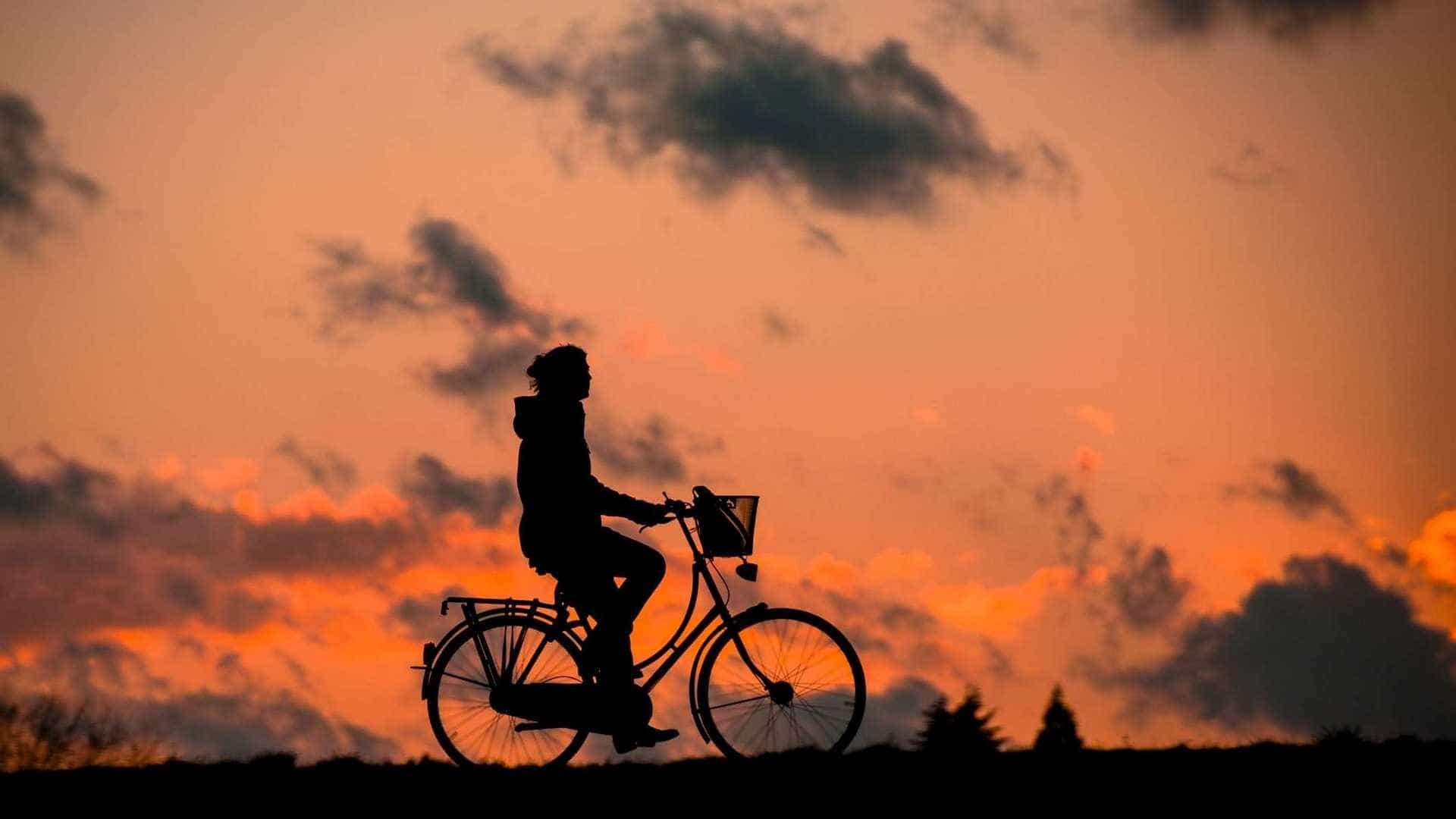 Sem combustível, bicicleta é a opção; veja os cuidados que deve ter