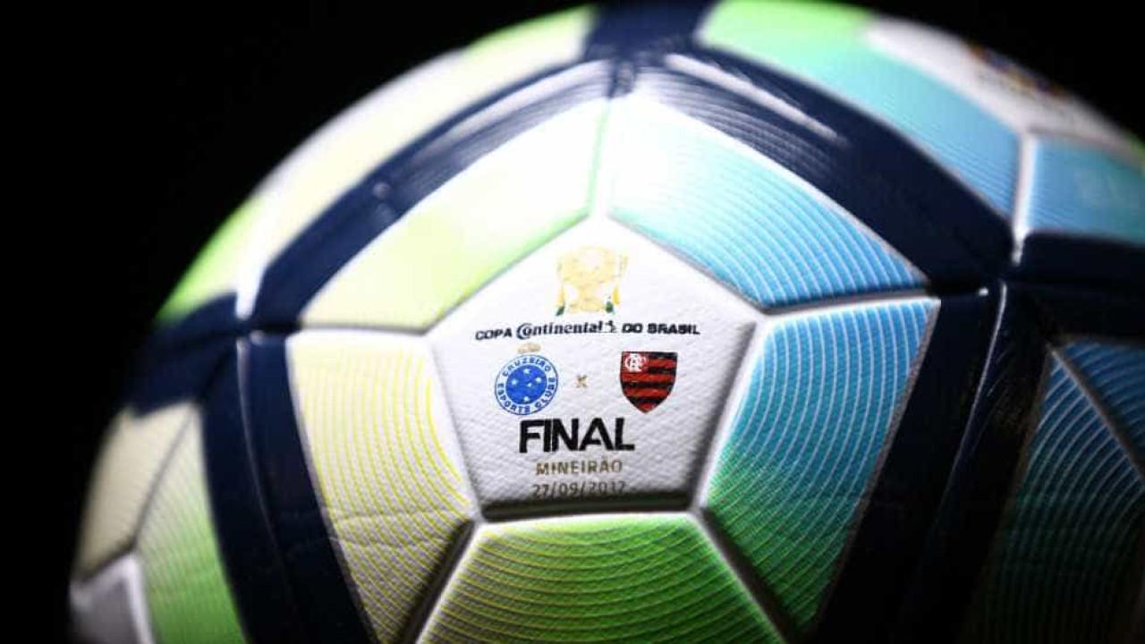 Flamengo x Cruzeiro  confira a bola da final da Copa do Brasil 787e923e5527b