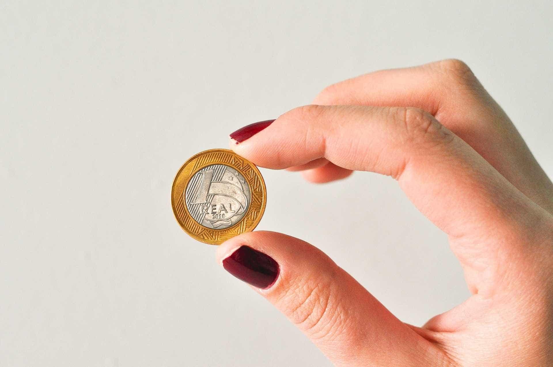 Dieese: salário mínimo deveria ser de R$ 3.960,57 em dezembro