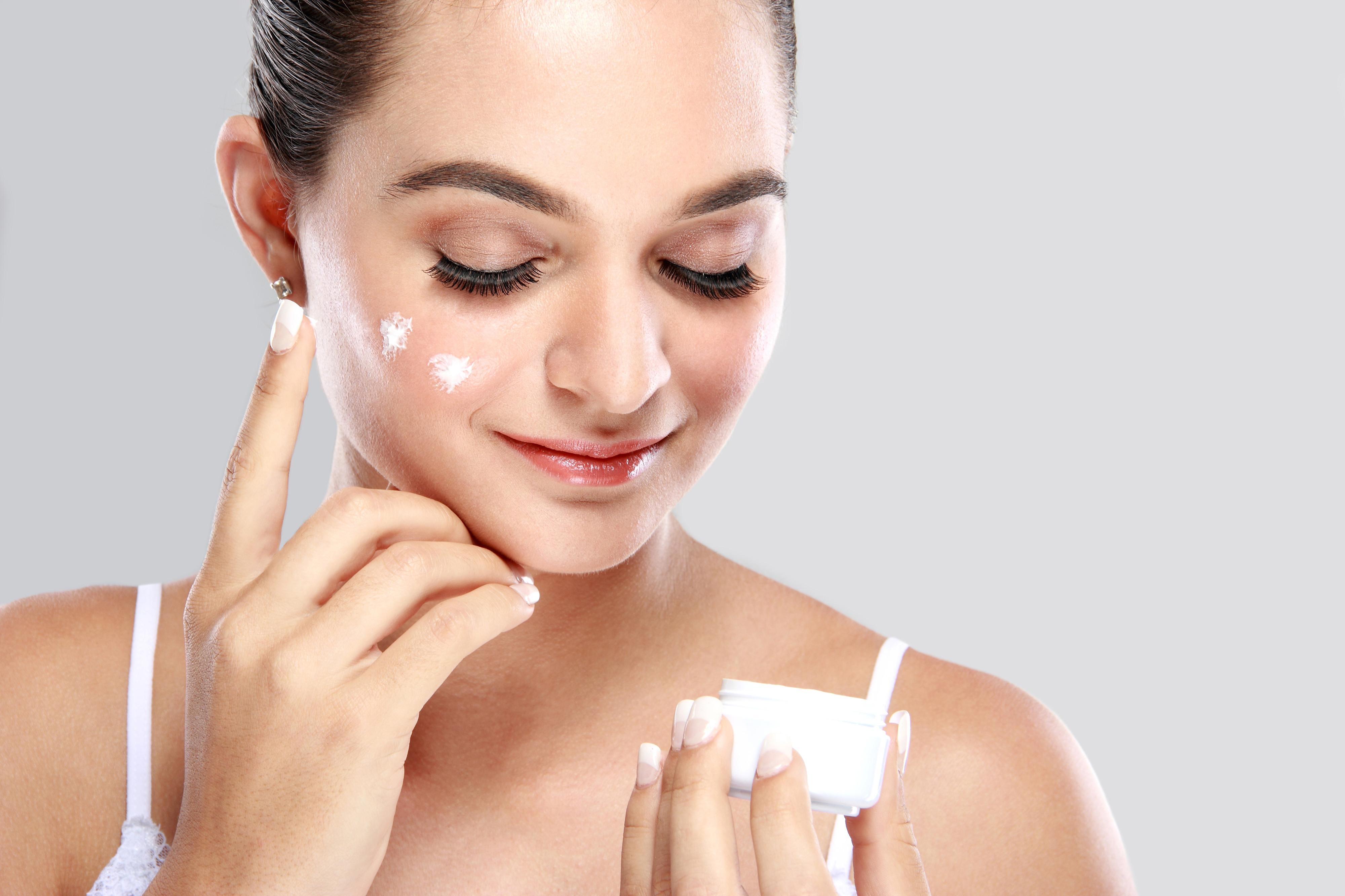Confira o que fazer para ter uma pele facial mais bonita