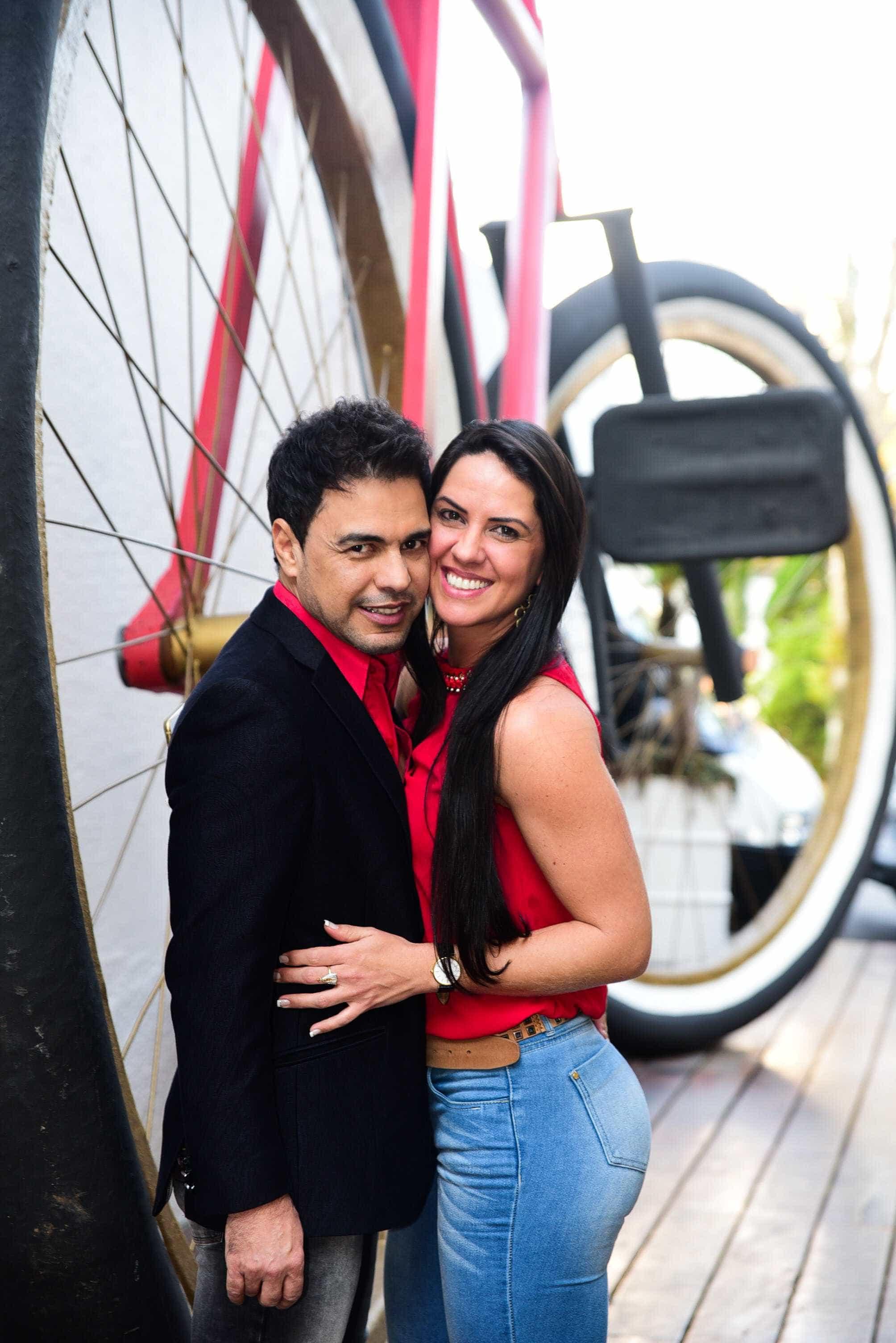 Zezé faz declaração sobre noite em motel com Graci:'isso é amor'