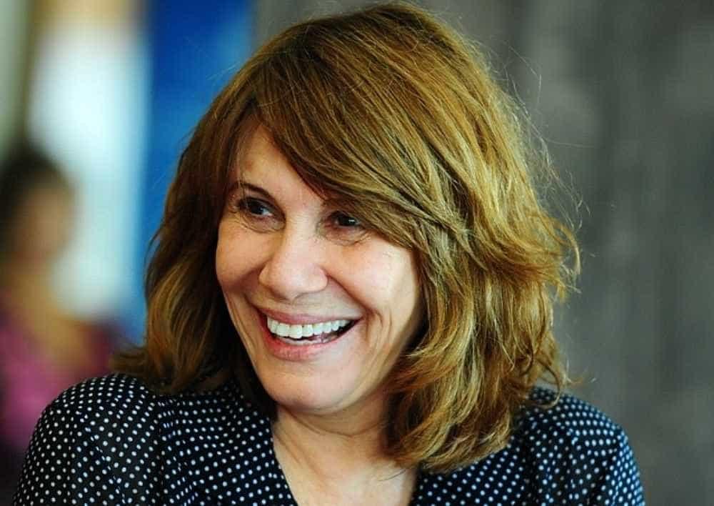Renata Sorrah compara vice de Bolsonaro com Odete Roitman