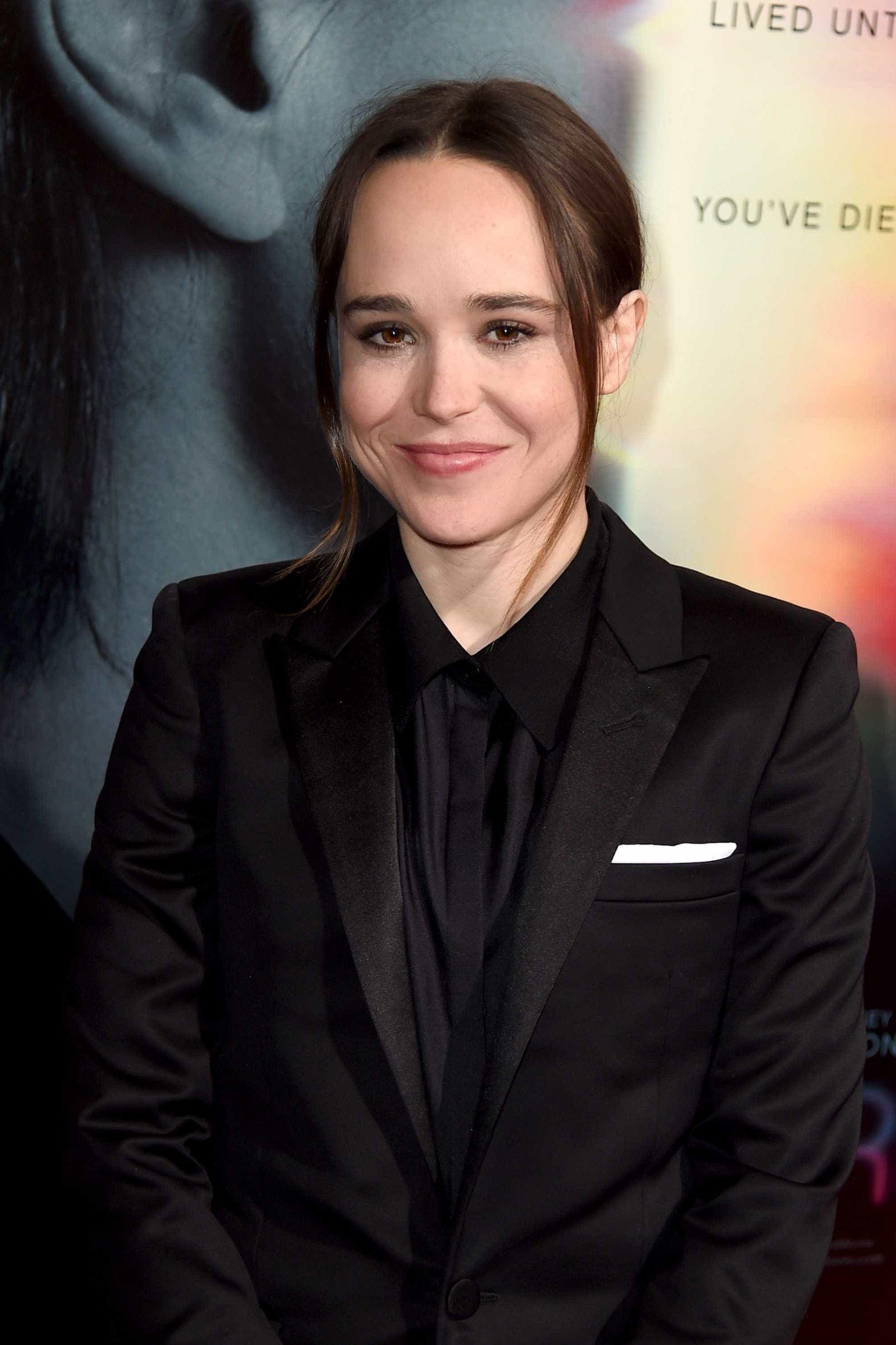 Ellen Page diz que foi 'forçada a usar vestidos'