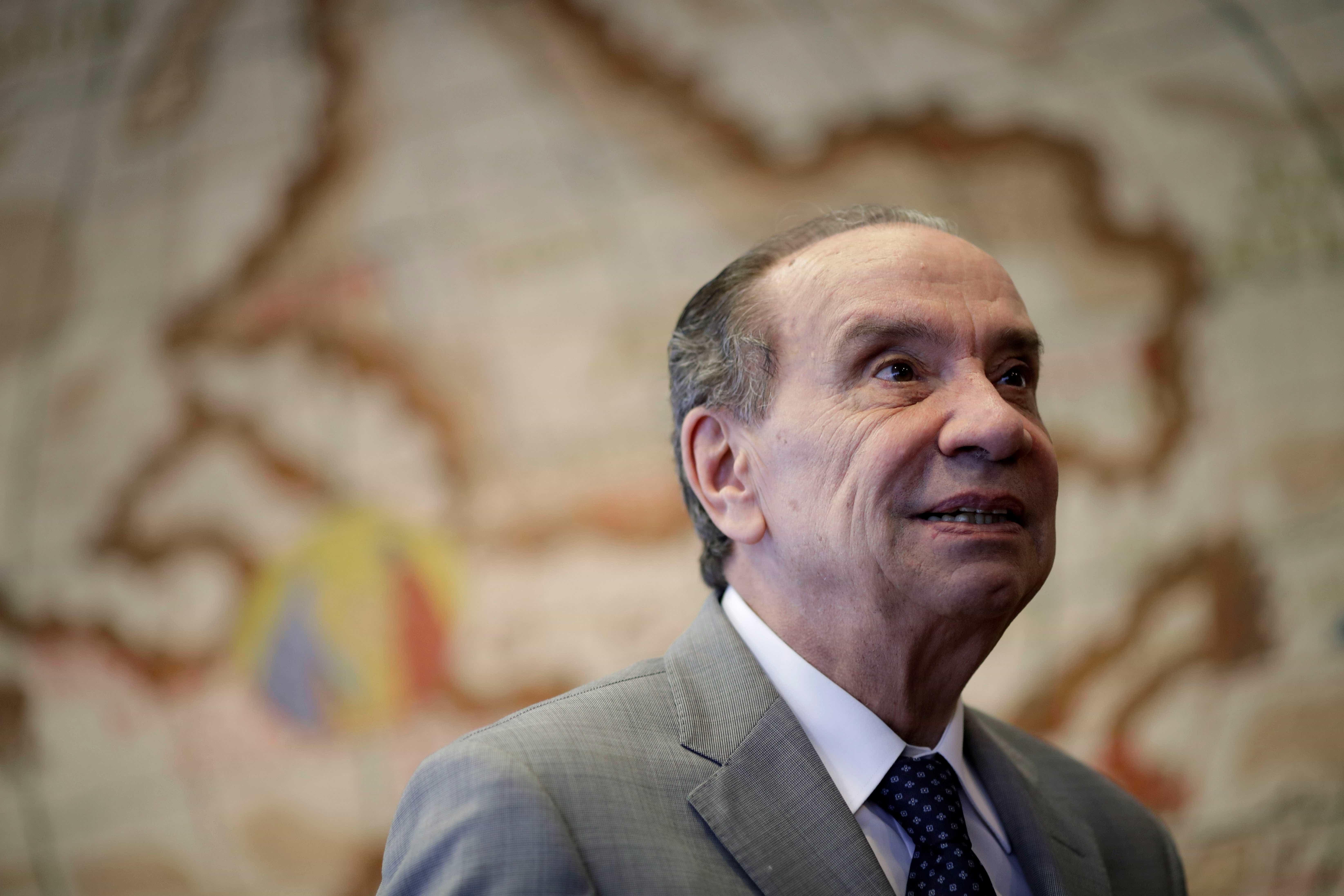 Brasil mantém portas abertas para refugiados, diz Aloysio Nunes
