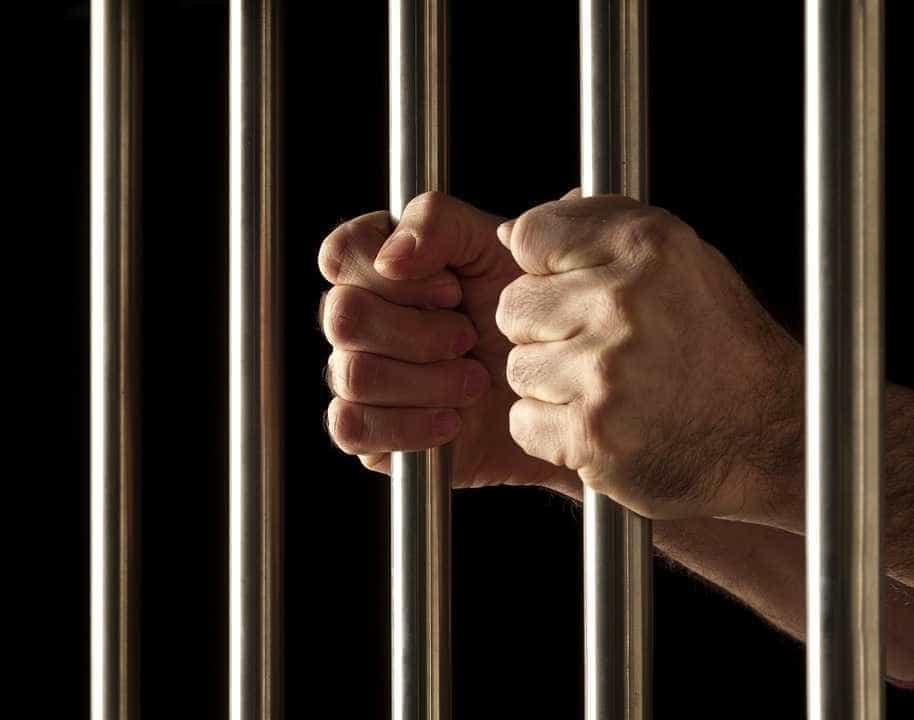 Detento tenta matar mulher durante visita íntima em presídio