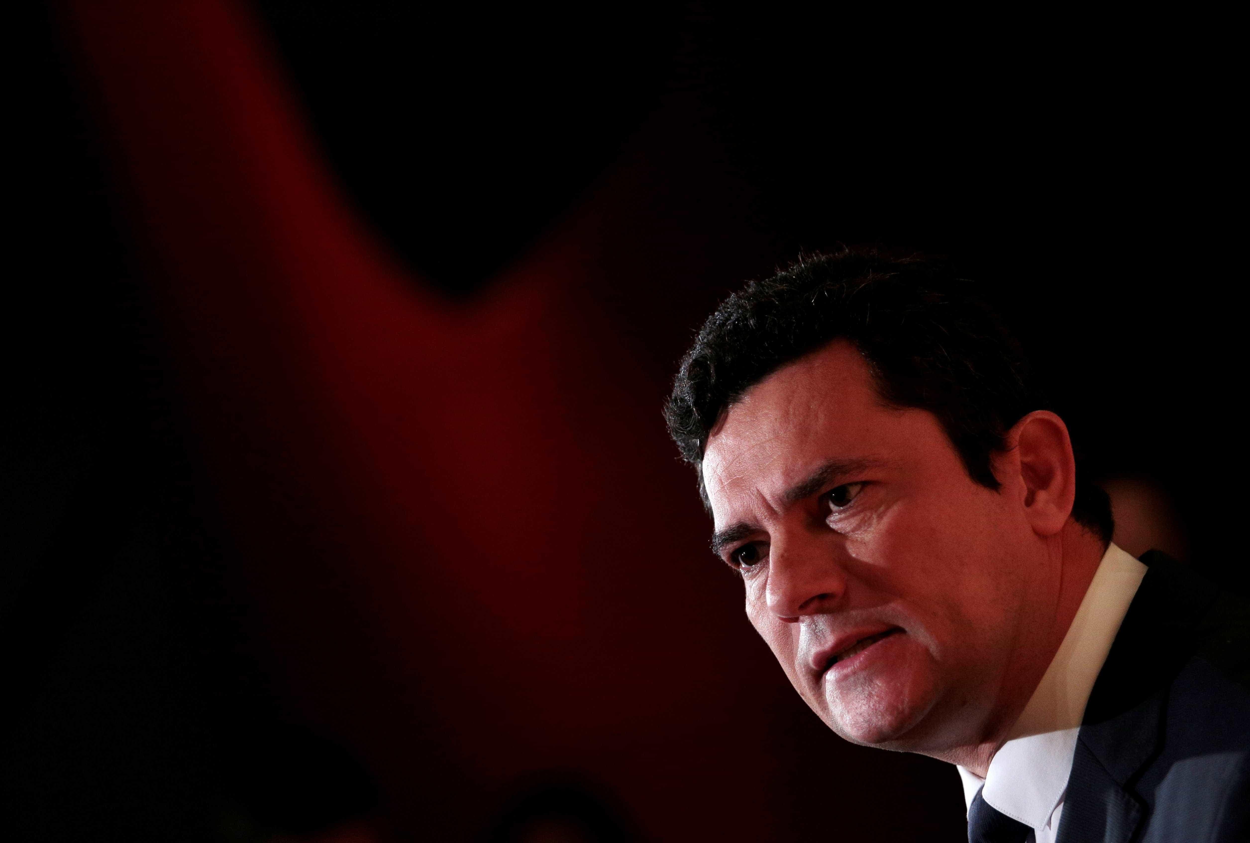 Cai aprovação ao juiz Sérgio Moro, aponta pesquisa