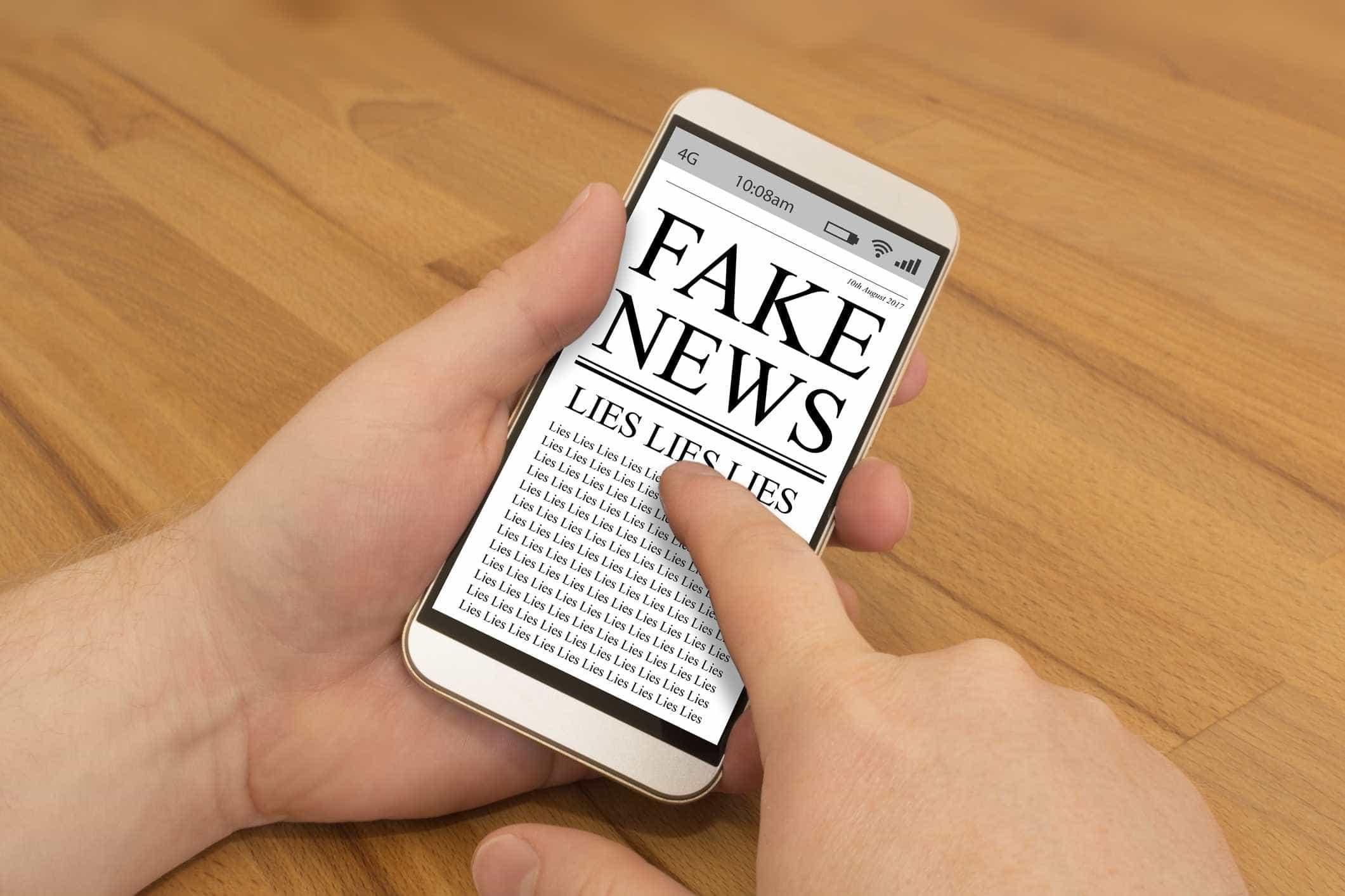 Conselho do TSE se reúne com WhatsApp para reduzir fake news