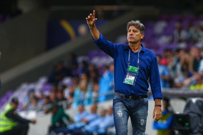 Grêmio se reúne com agente, mas Renato fica mais perto do Flamengo