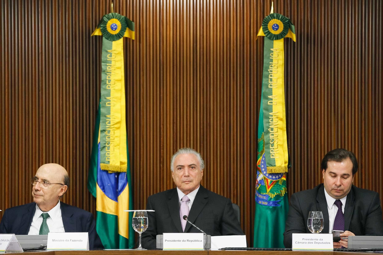 Disputa entre Maia e Meirelles contamina debate econômico