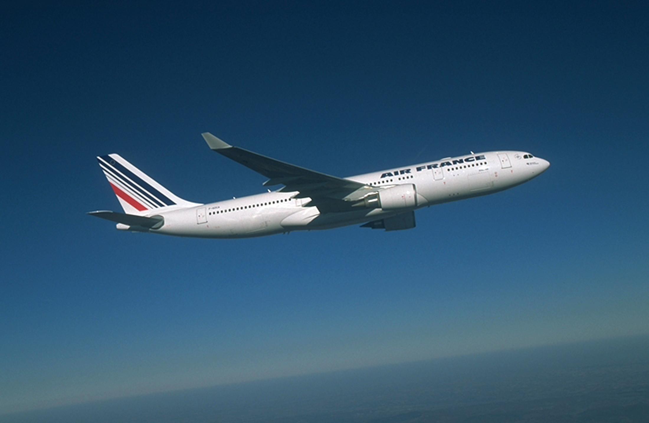 Greve na Air France cancela 30% dos voos desta terça-feira