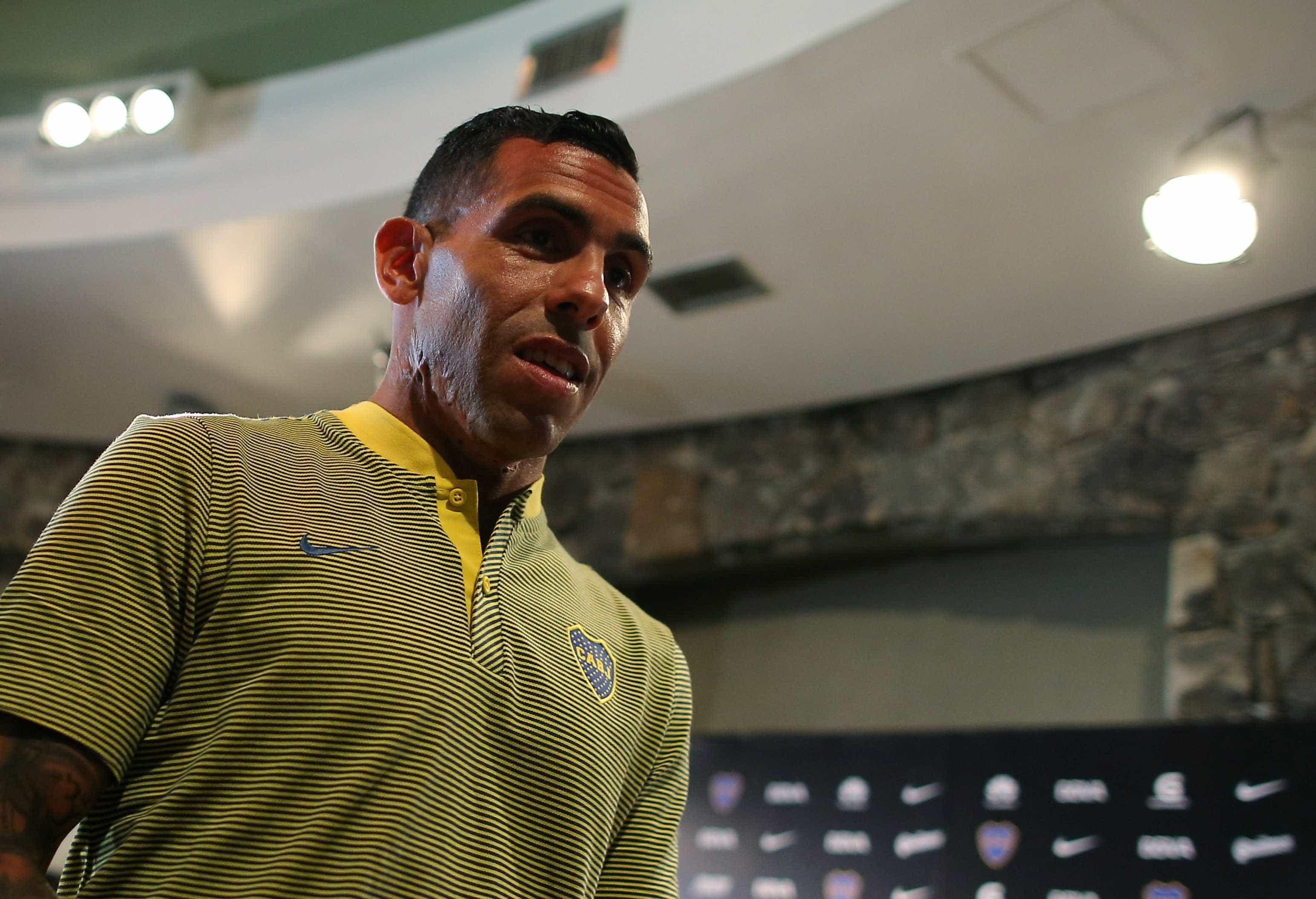 Idolatrado, Tevez peitou cartolas e impediu final da Libertadores