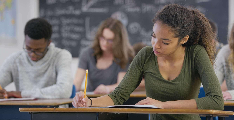 MEC libera R$ 406 milhões a 967 escolas de ensino médio integral