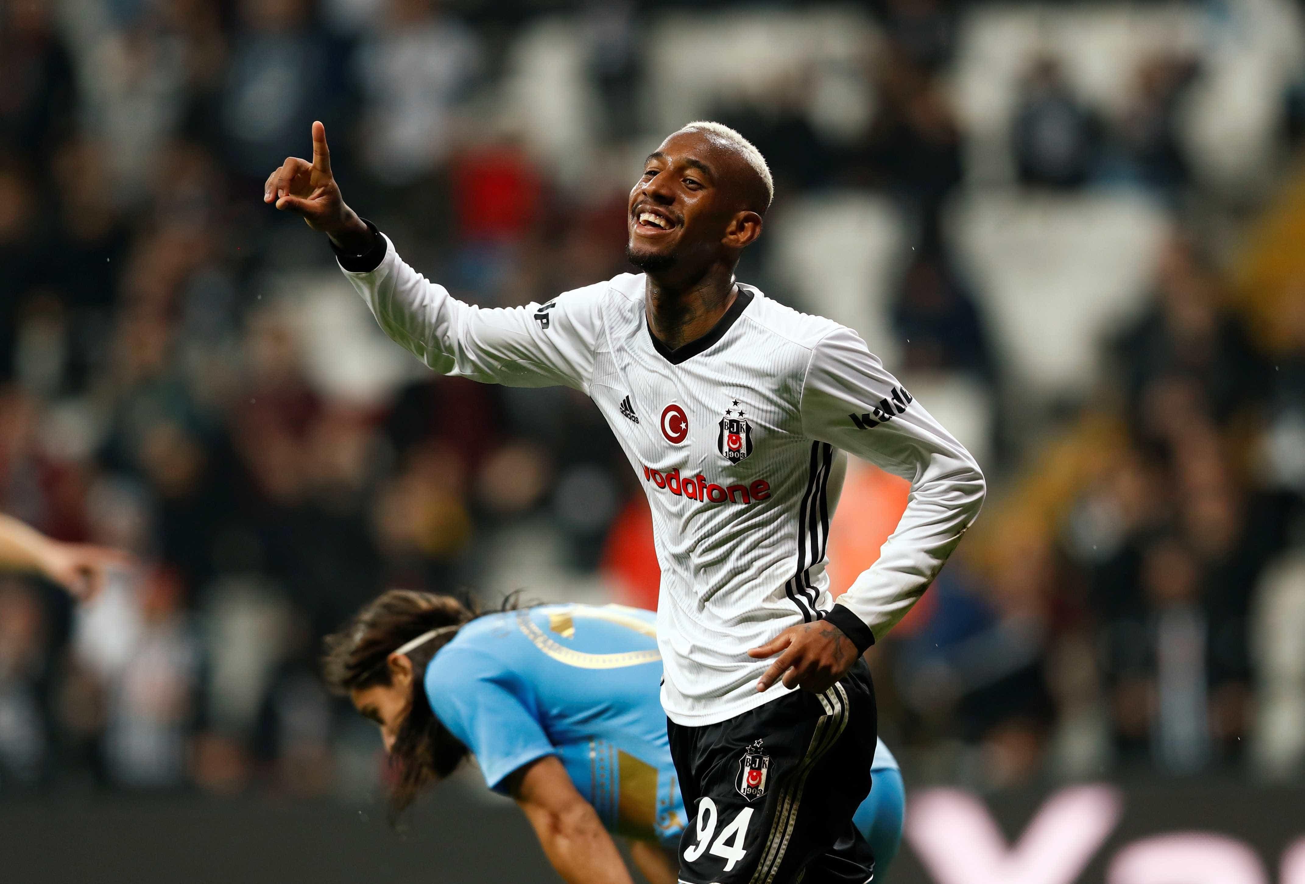 Clube turco alega motivo curioso para não contratar brasileiro