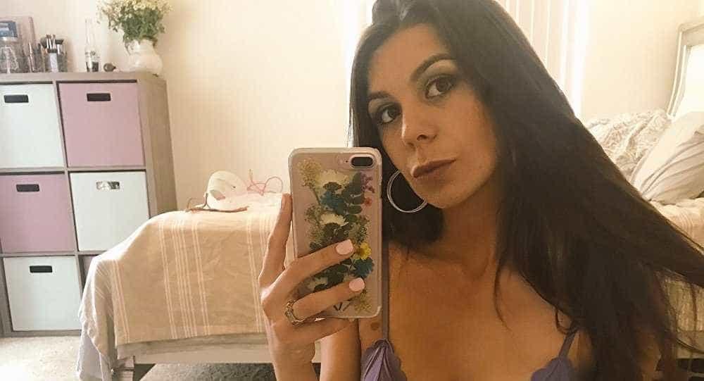 Morre a atriz pornô Olivia Lua, aos 23 anos