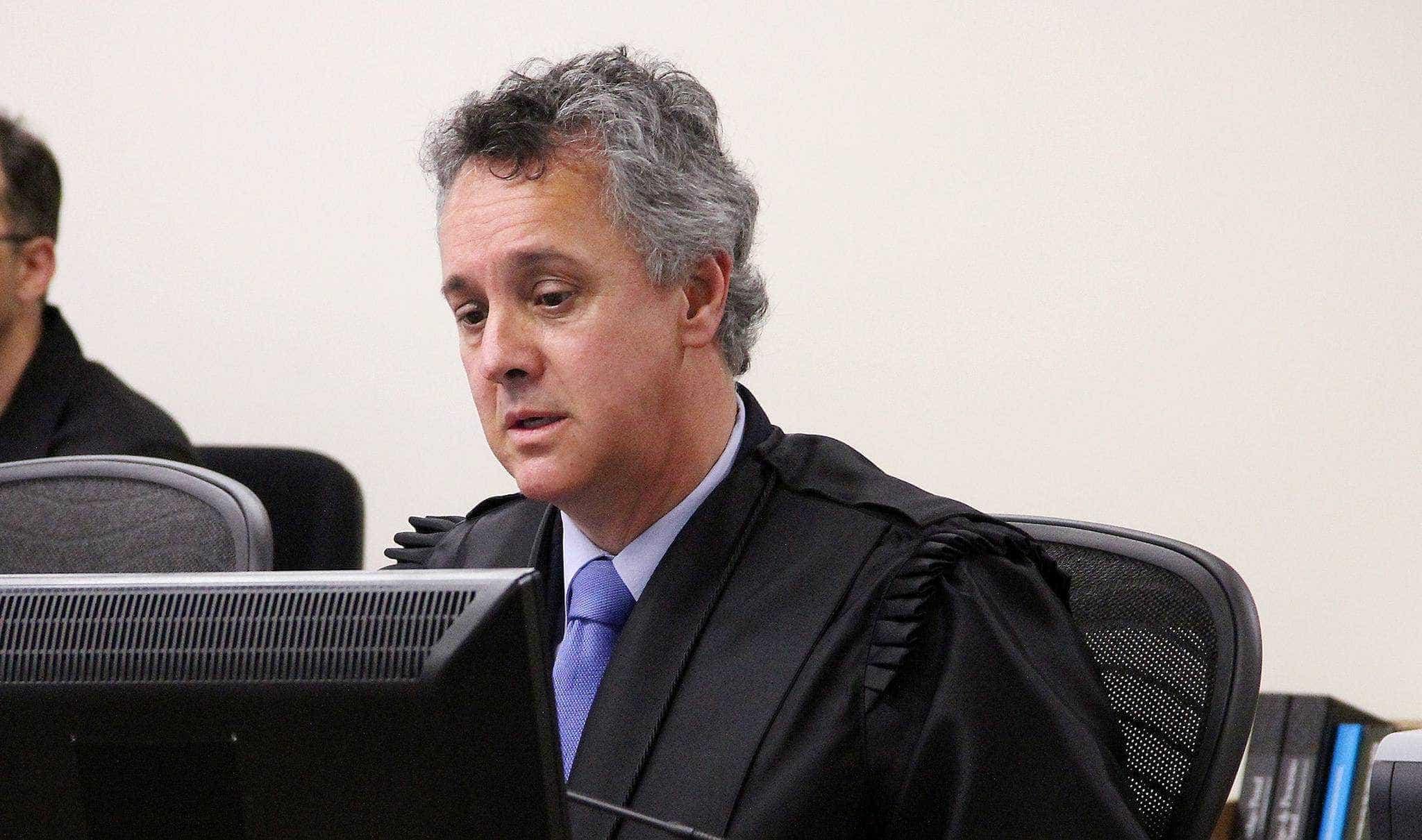 'Gebran não está em férias', diz Tribunal da Lava Jato