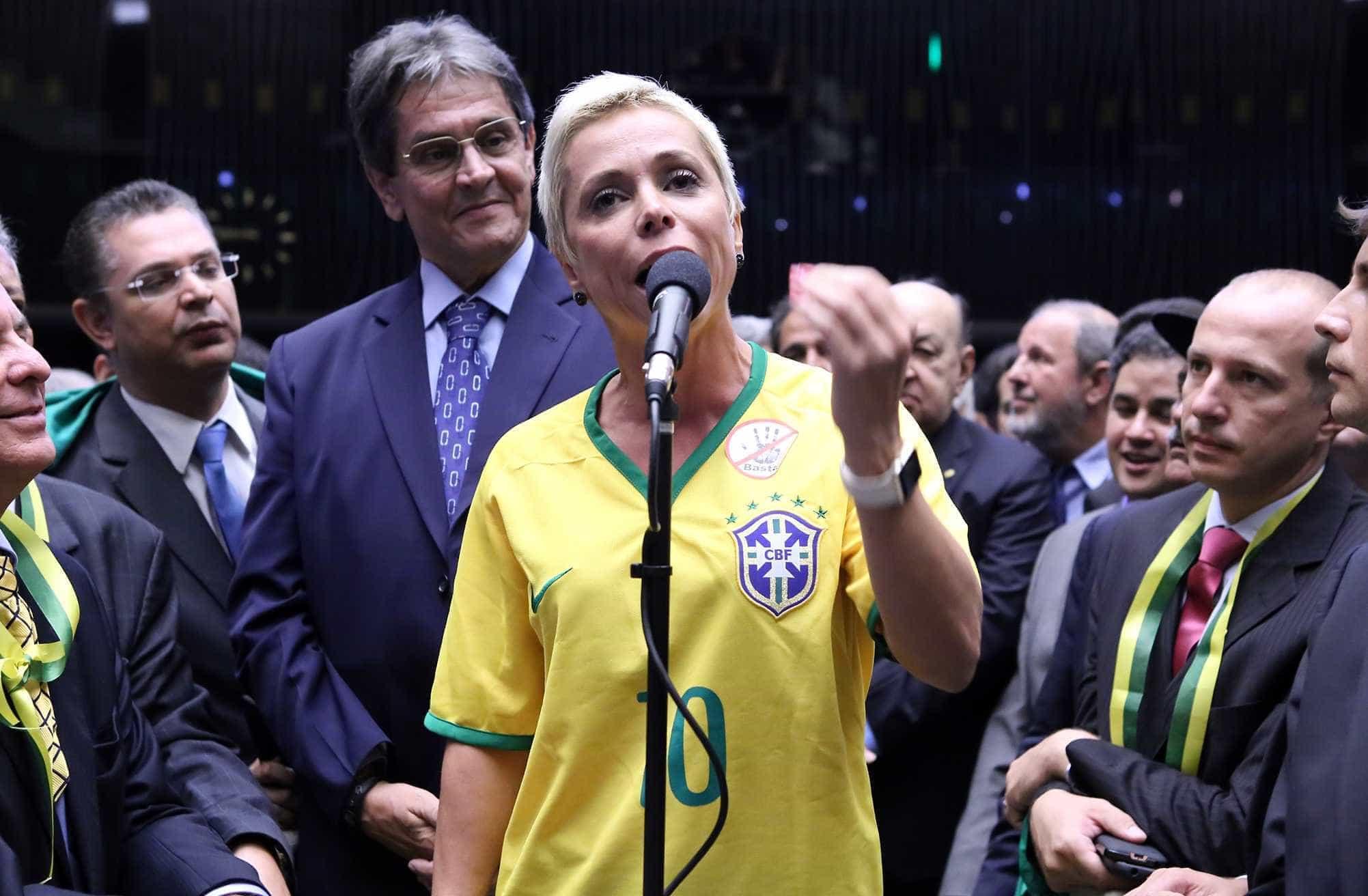 PF deflagra 2ª fase da Registro Espúrio e mira Cristiane Brasil