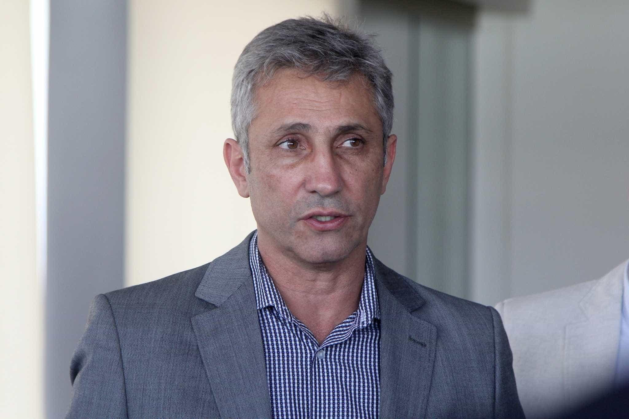 Presidente do Vasco tem mal-estar e realiza cateterismo após pelada