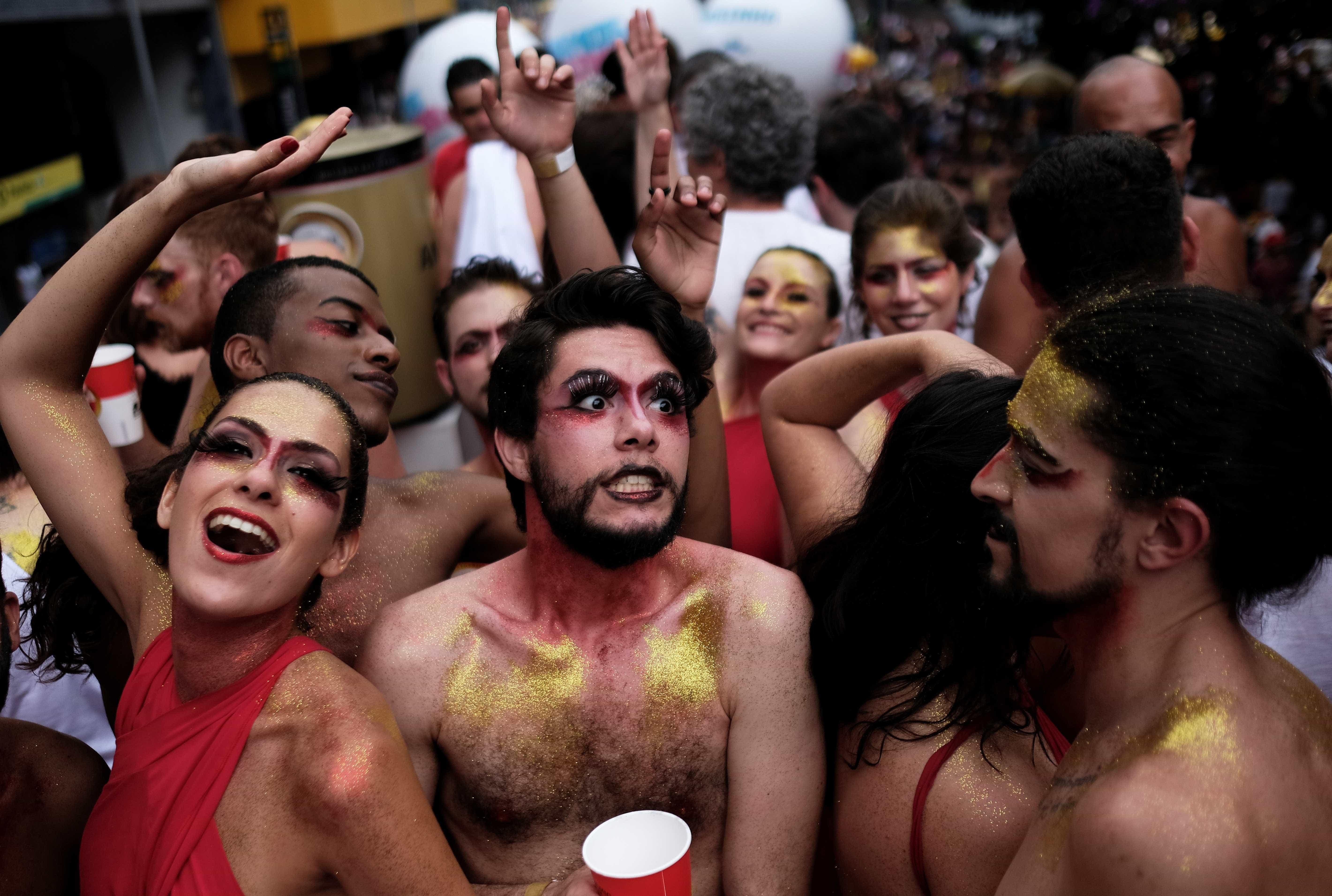 Carnaval de rua puxa alta de 3,1% nas vendas a vista do comércio em SP