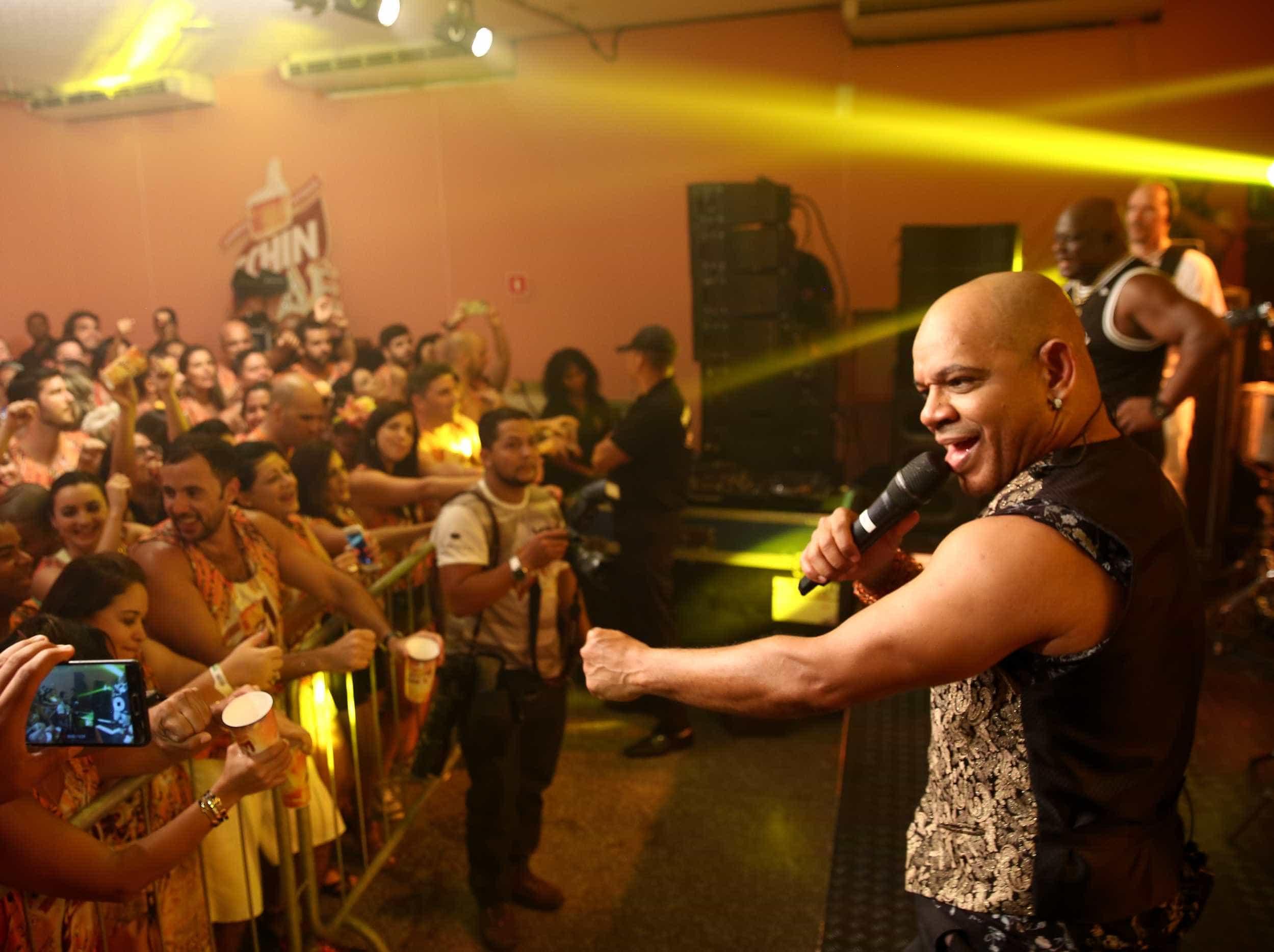 Confira os famosos que curtiram o carnaval em Salvador nesta quinta