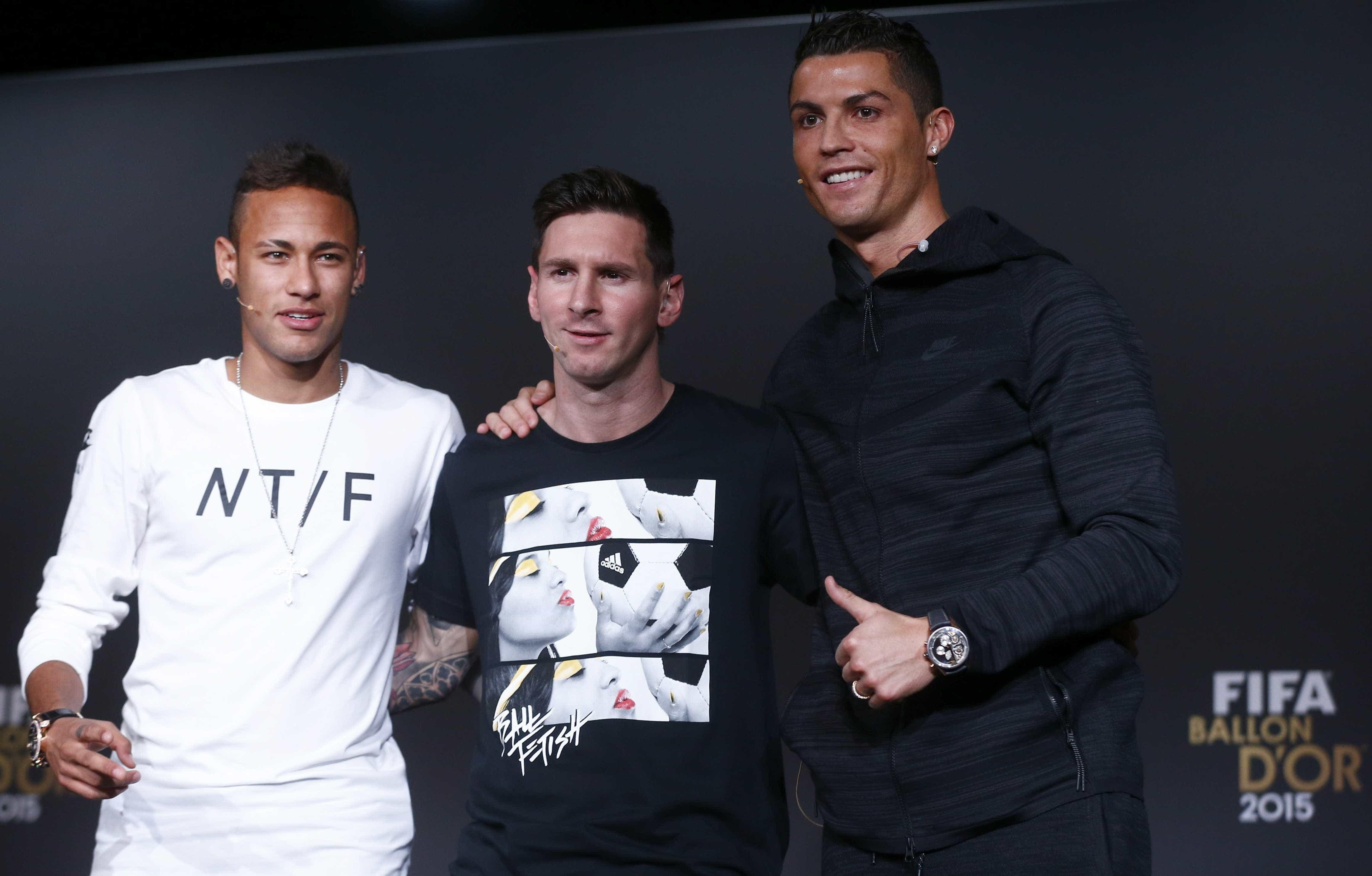 Jornal espanhol coloca Neymar à frente de Cristiano Ronaldo e Messi