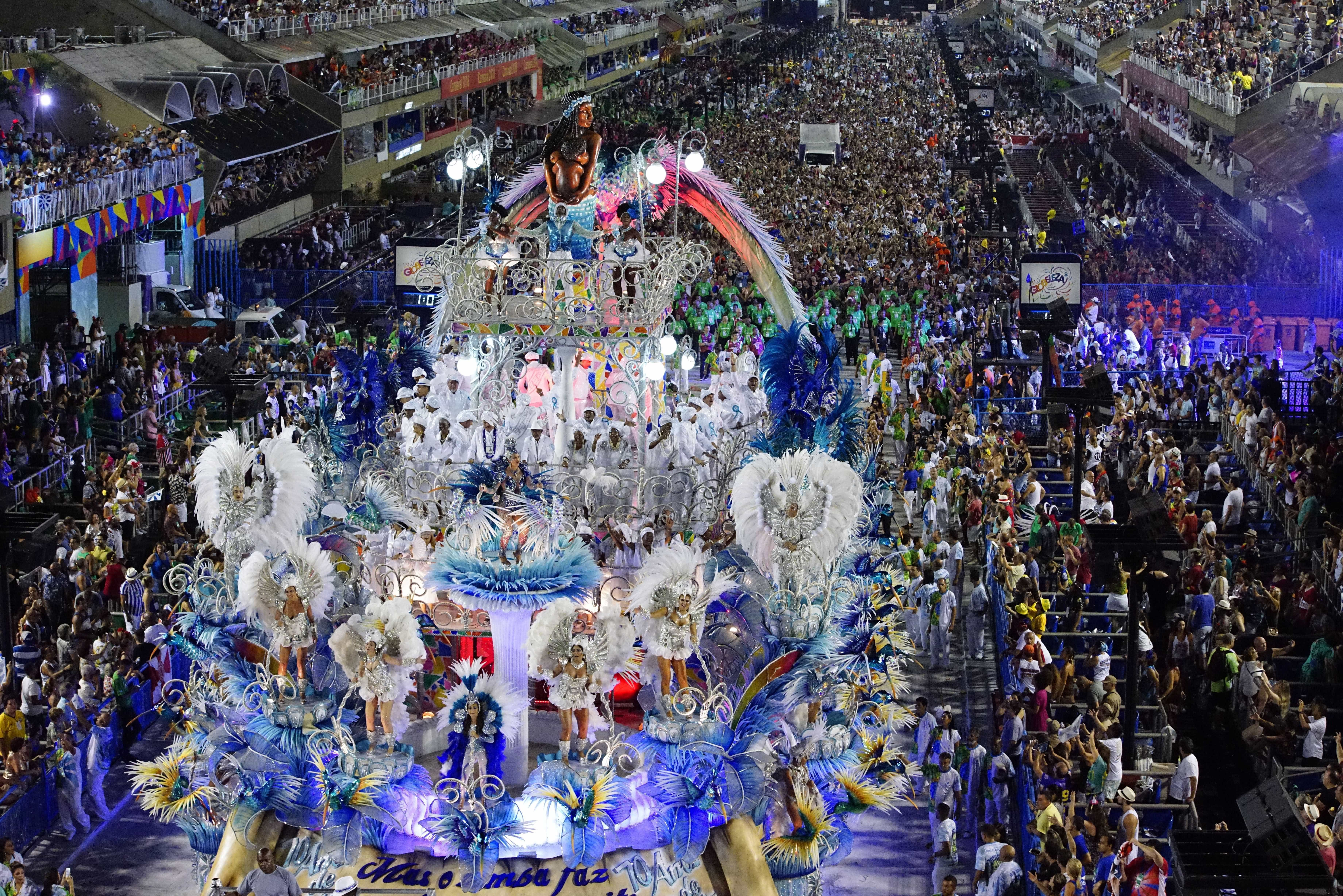 Veja quem participa do Desfile das Campeãs no RJ neste sábado