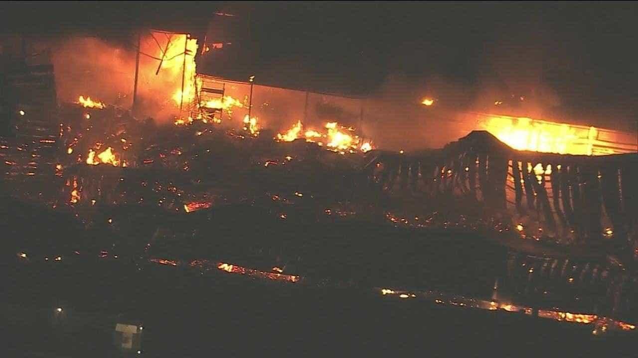 Incêndio atinge estúdio de novela da Globo no Rio de Janeiro