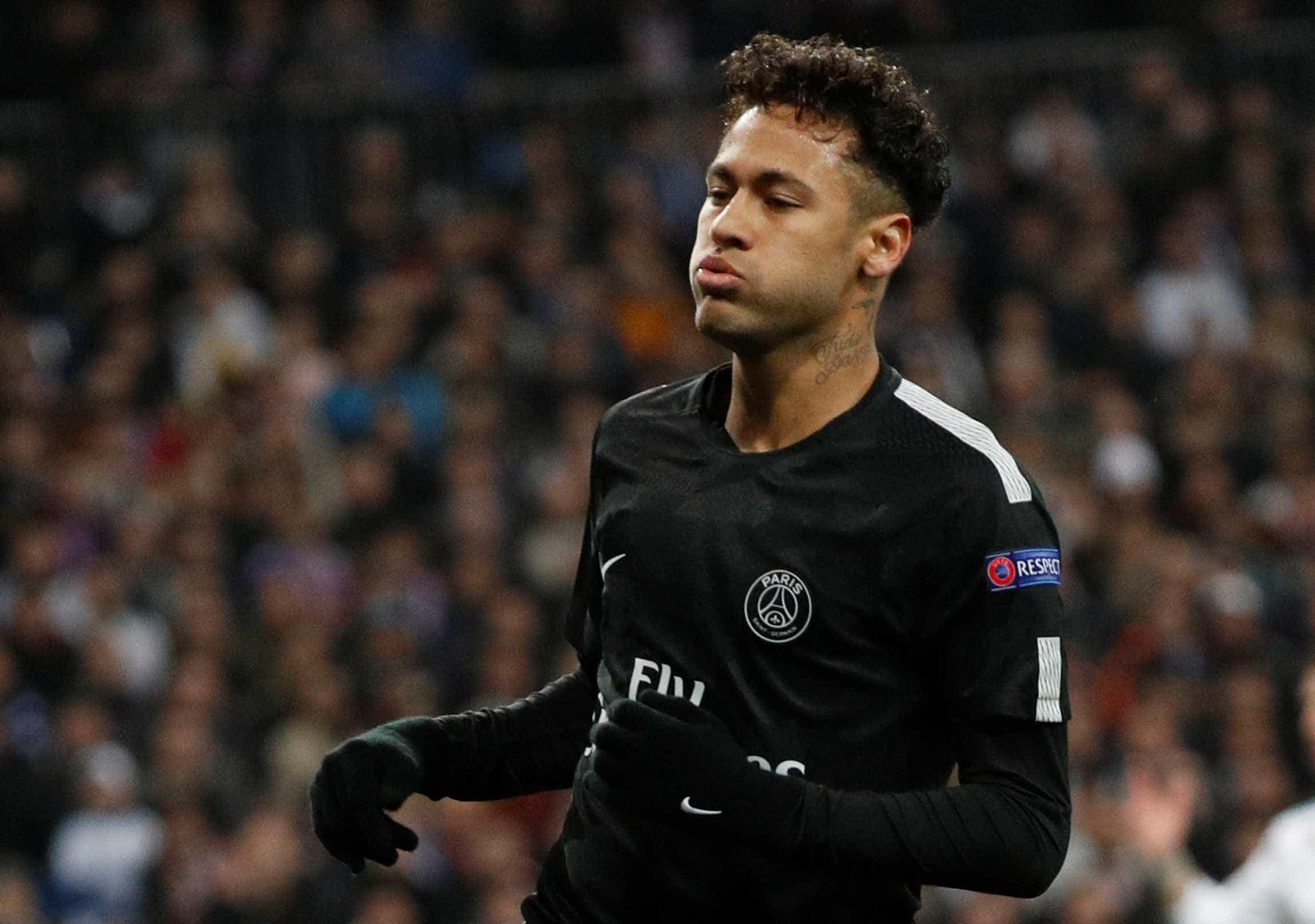 Críticas recentes afastam ainda mais Neymar da Globo