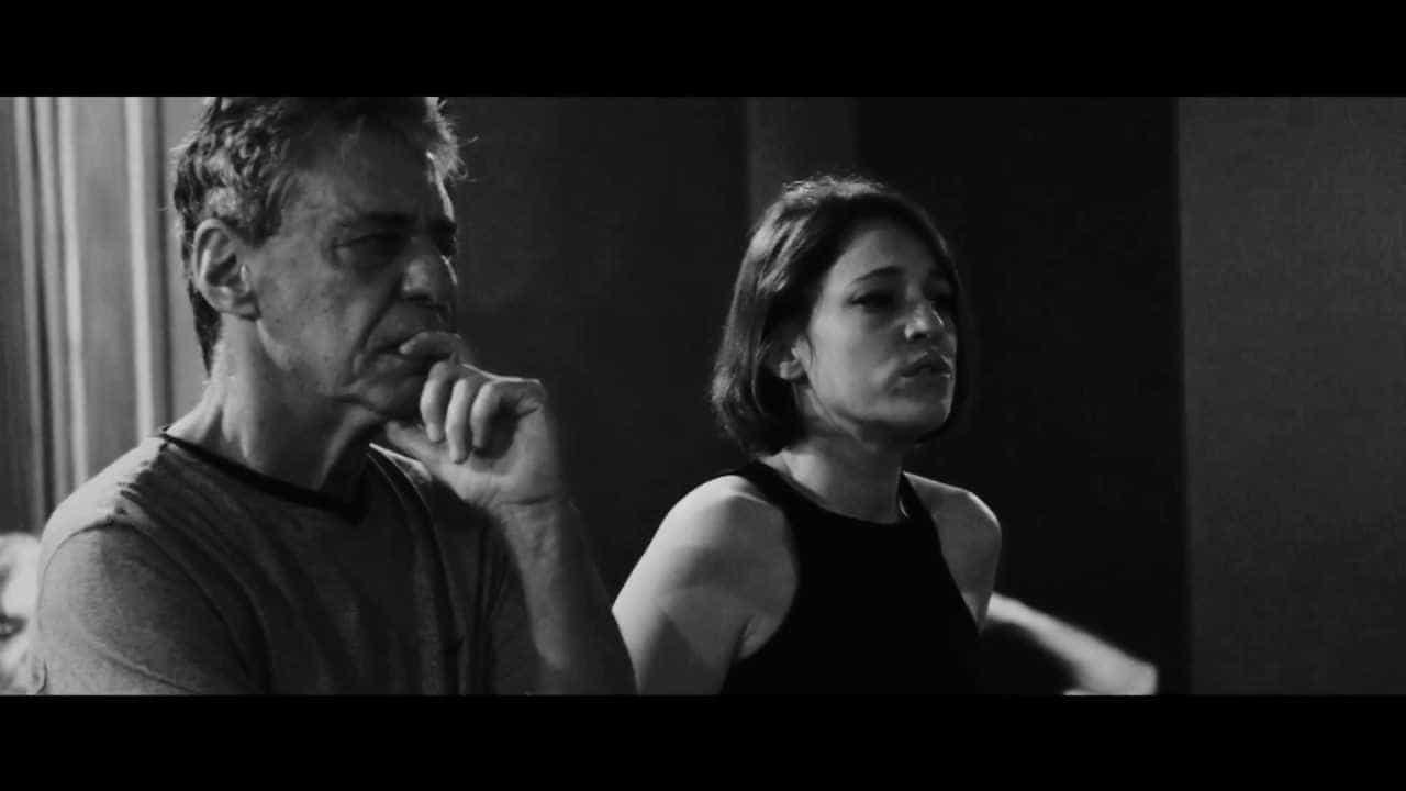 Chico Buarque aparece em videoclipe da portuguesa Carminho