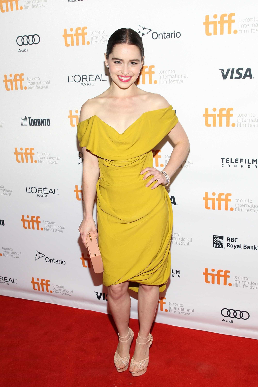 Emilia Clarke: a evolução do estilo da Mãe dos Dragões