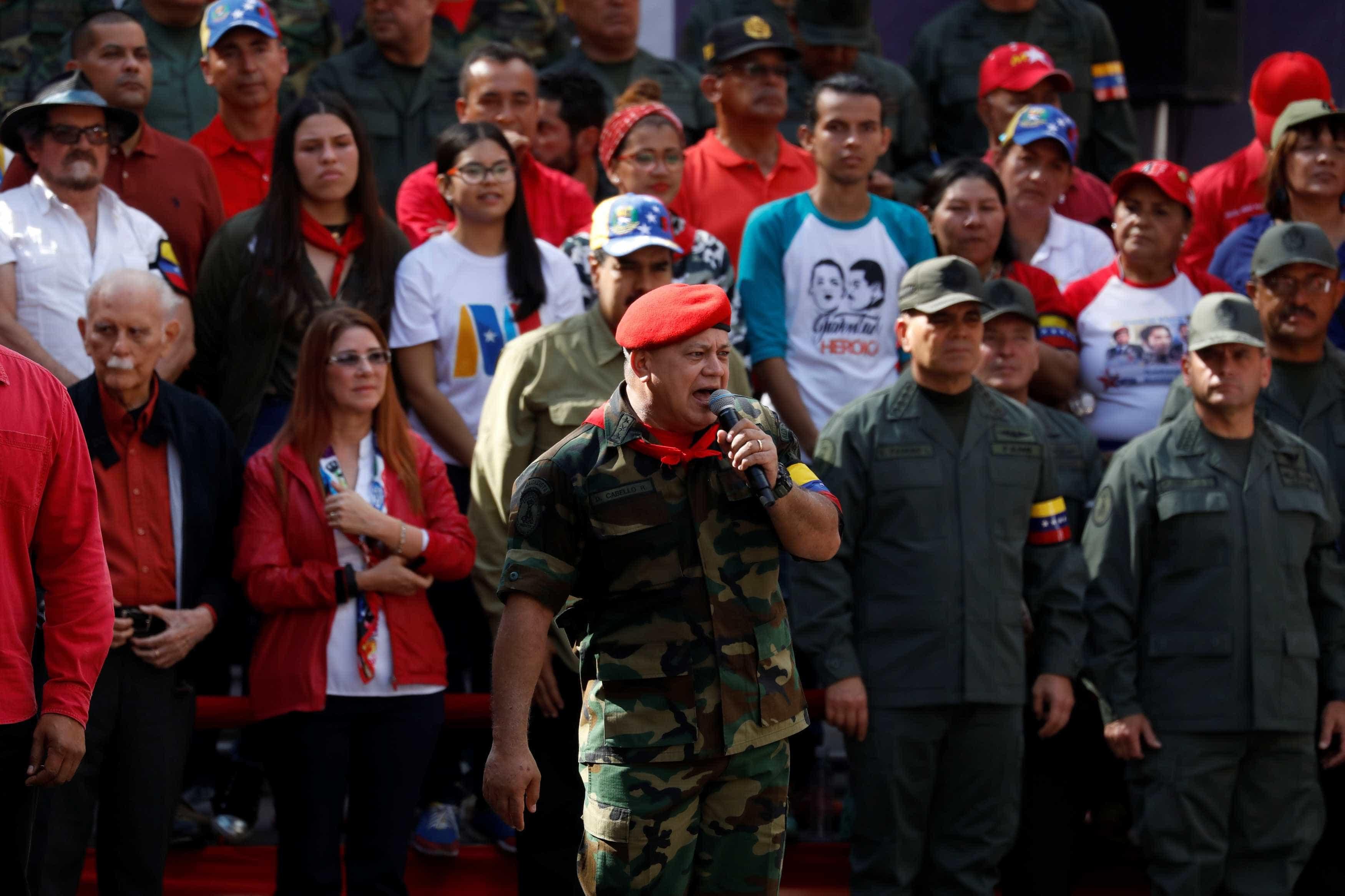 Chavismo propõe antecipar eleições parlamentares na Venezuela