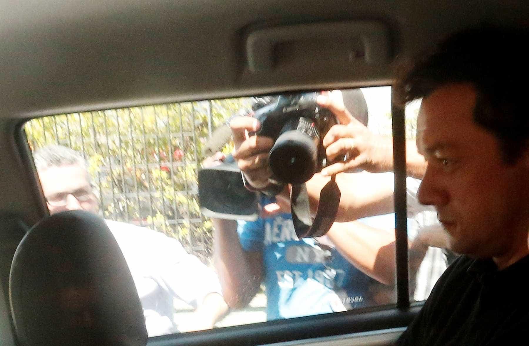 Wesley Batista deixa sede da PF em São Paulo