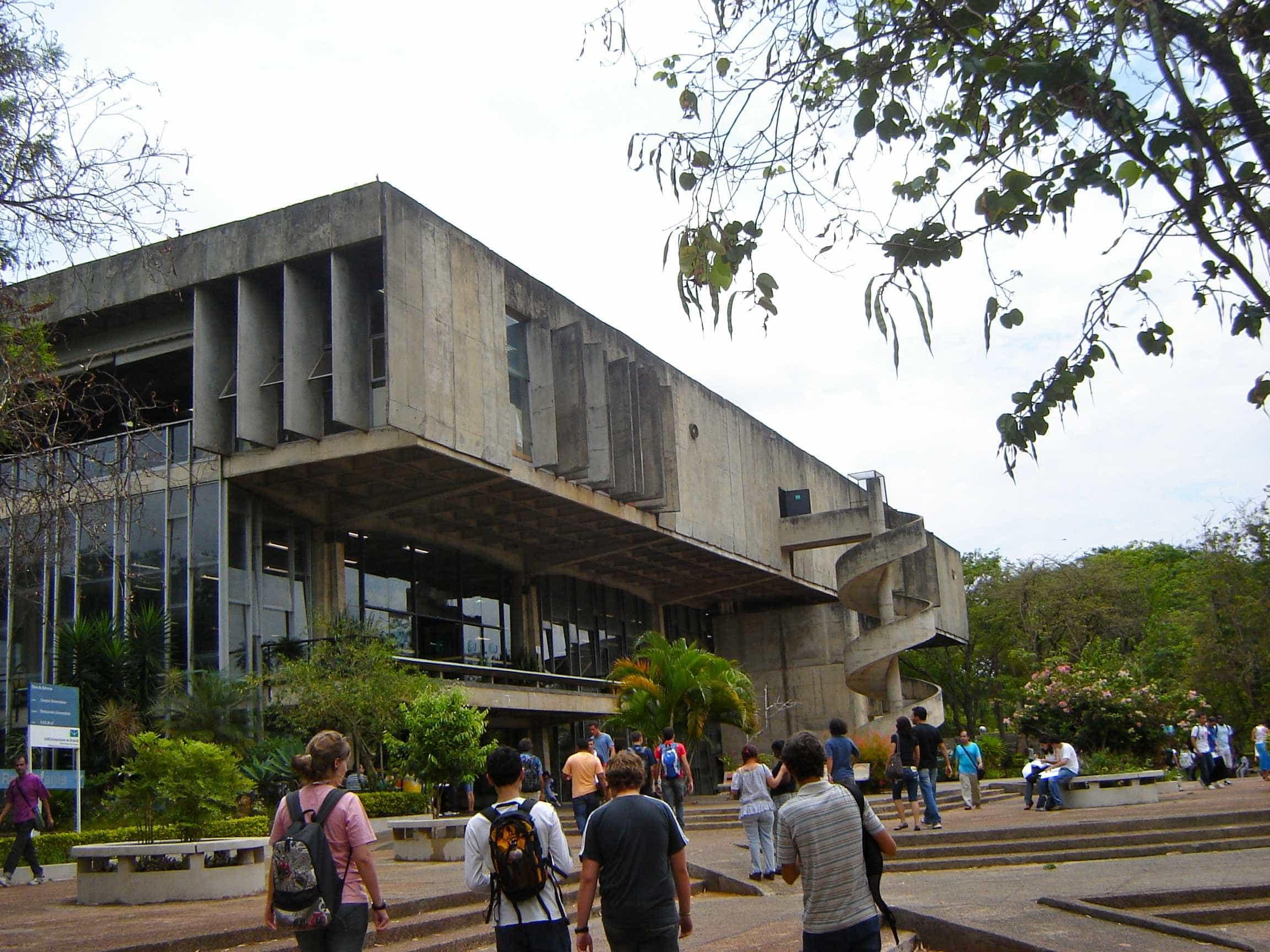 Estudante da UnB é encontrado morto em área da universidade